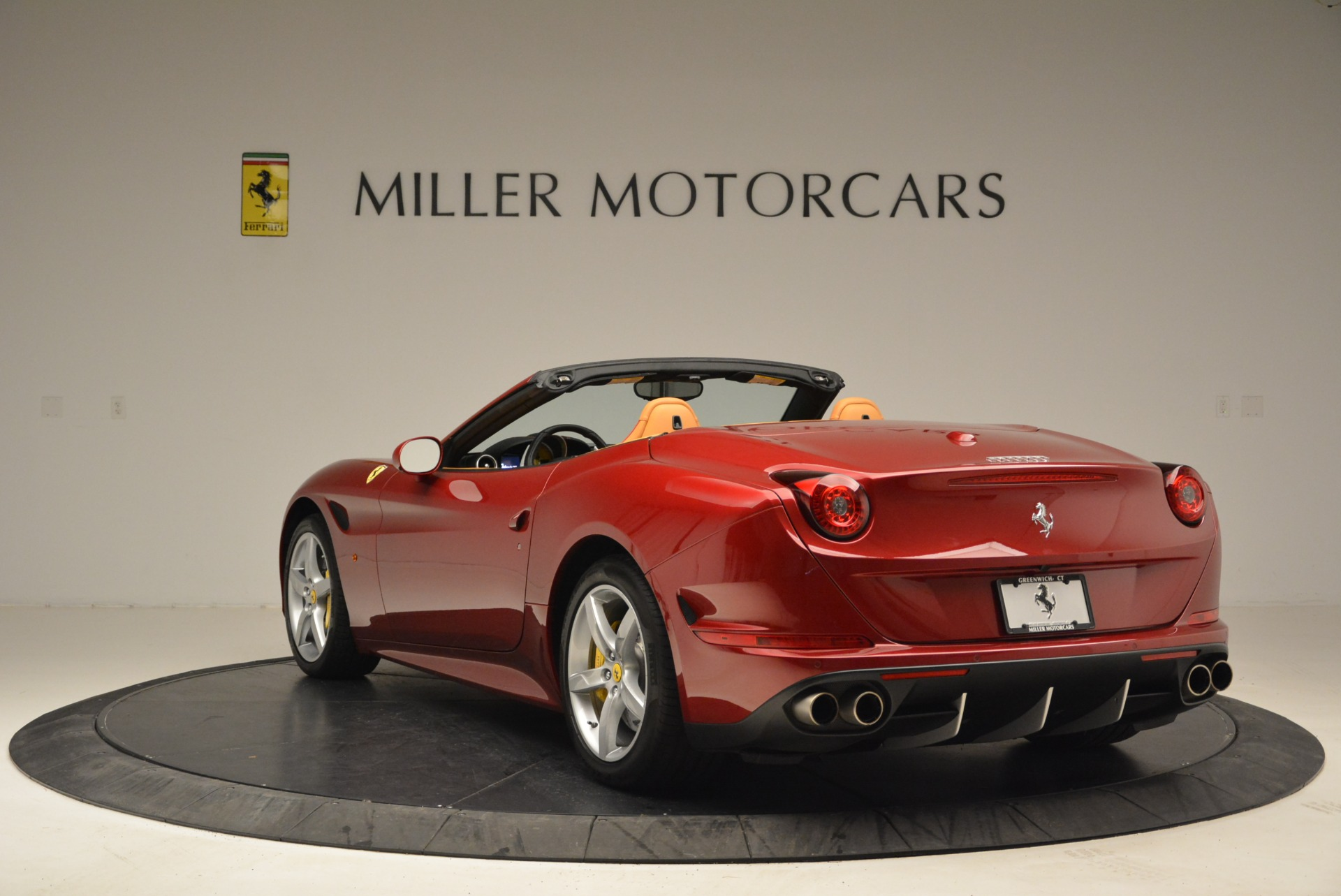 Used 2015 Ferrari California T  For Sale In Greenwich, CT 2033_p5