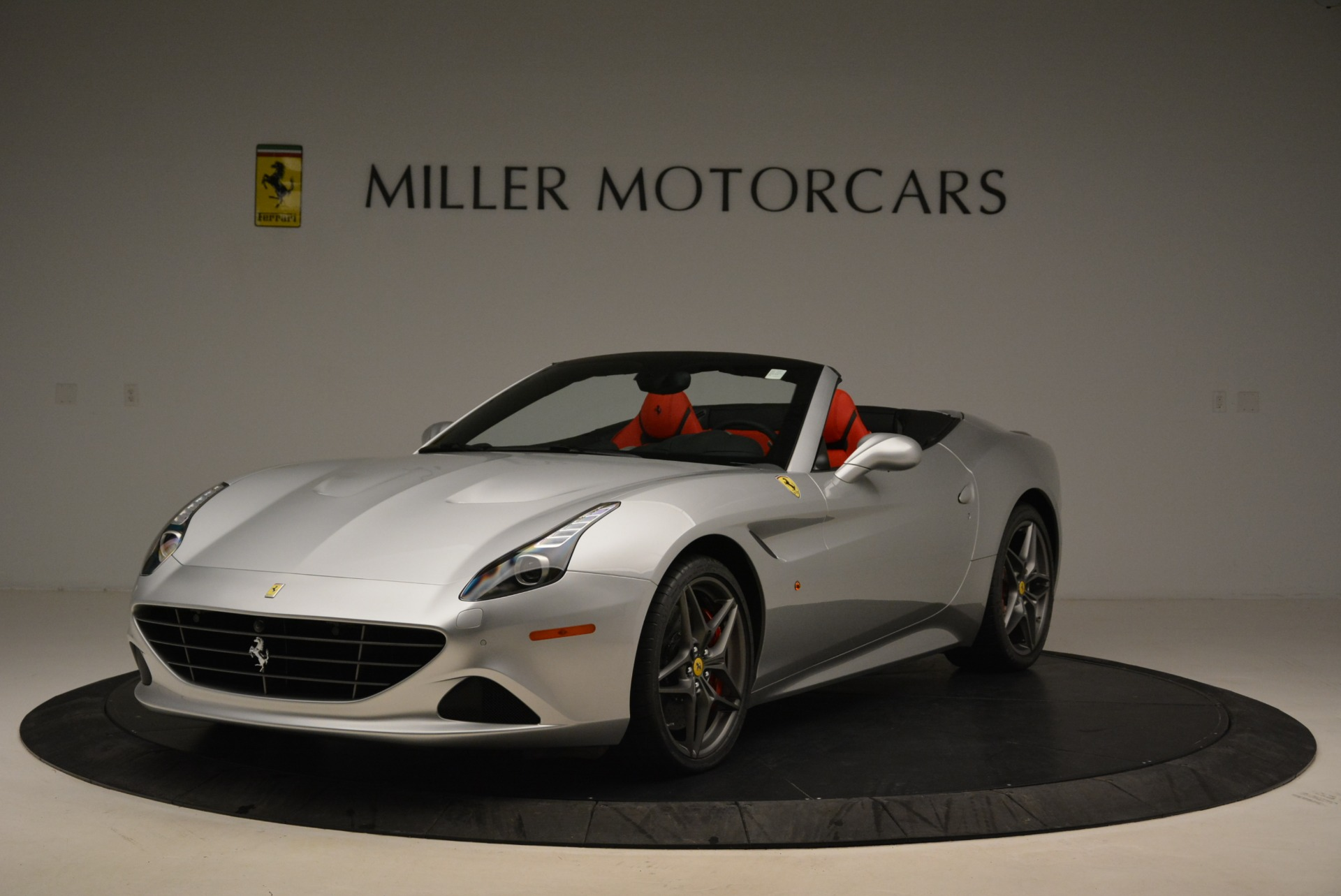 Used 2017 Ferrari California T Handling Speciale For Sale In Greenwich, CT 2037_main