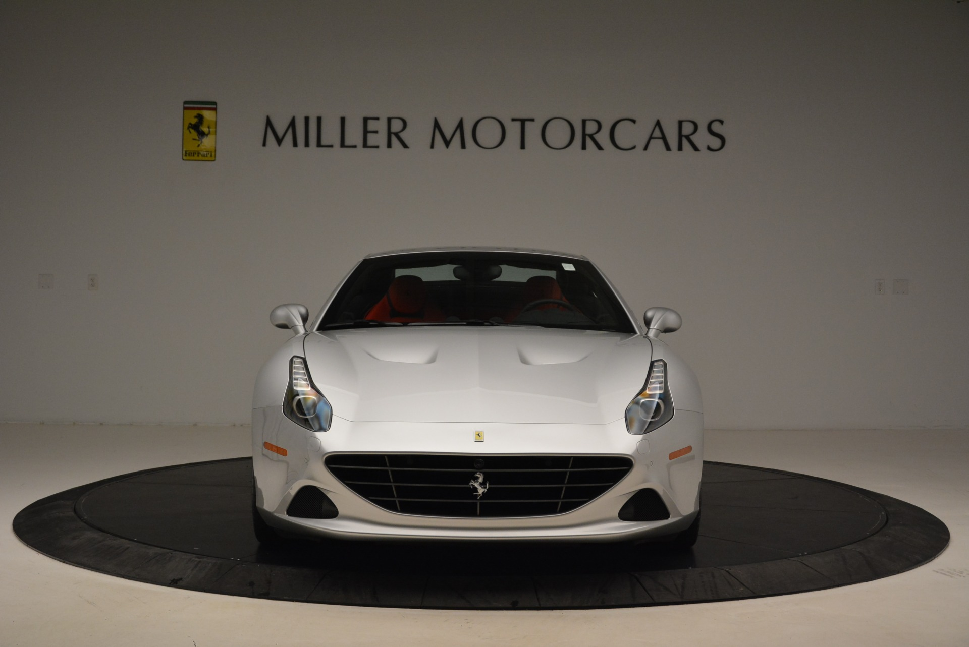 Used 2017 Ferrari California T Handling Speciale For Sale In Greenwich, CT 2037_p24
