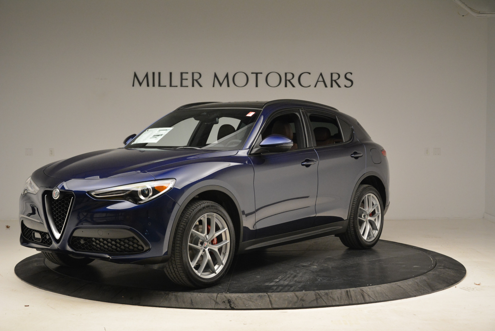New 2018 Alfa Romeo Stelvio Ti Sport Q4 For Sale In Greenwich, CT 2042_p2