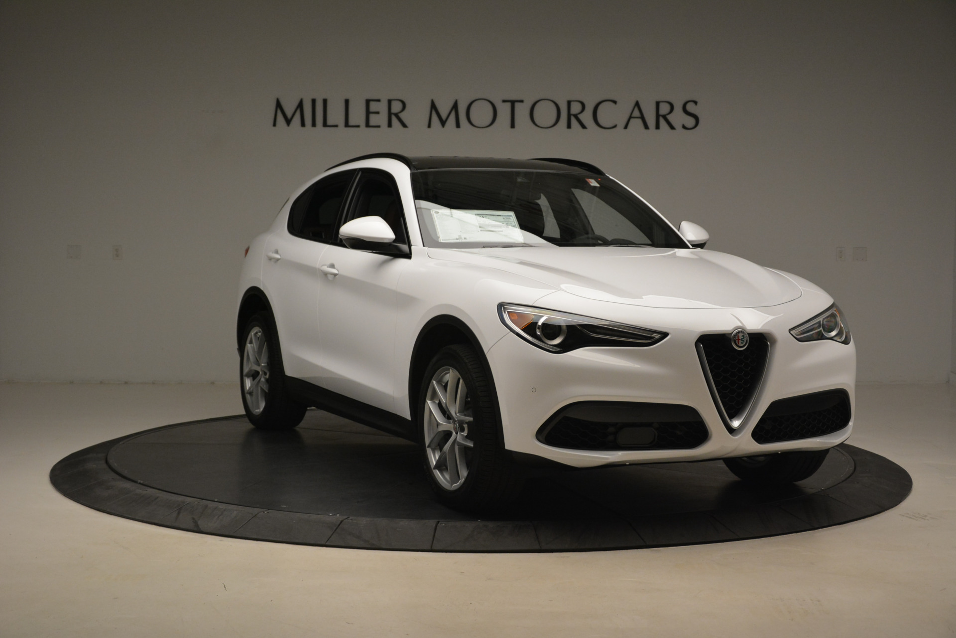 New 2018 Alfa Romeo Stelvio Ti Sport Q4 For Sale In Greenwich, CT 2044_p11
