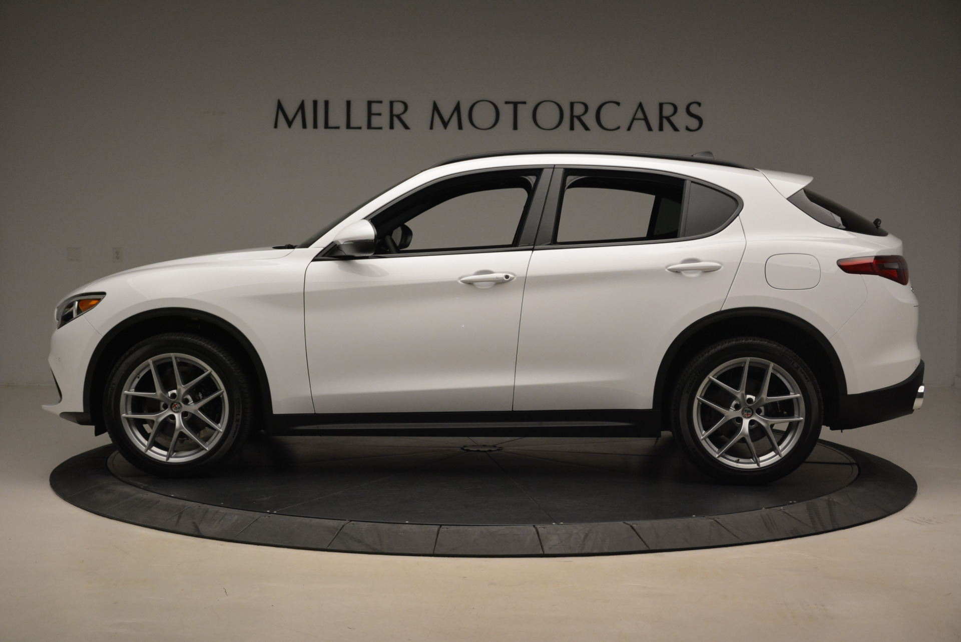 New 2018 Alfa Romeo Stelvio Ti Sport Q4 For Sale In Greenwich, CT 2044_p3