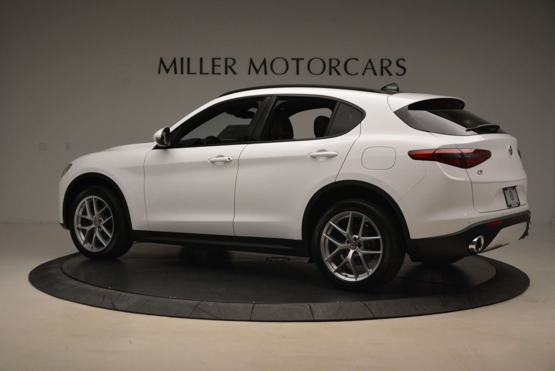 New 2018 Alfa Romeo Stelvio Ti Sport Q4 For Sale In Greenwich, CT 2044_p4