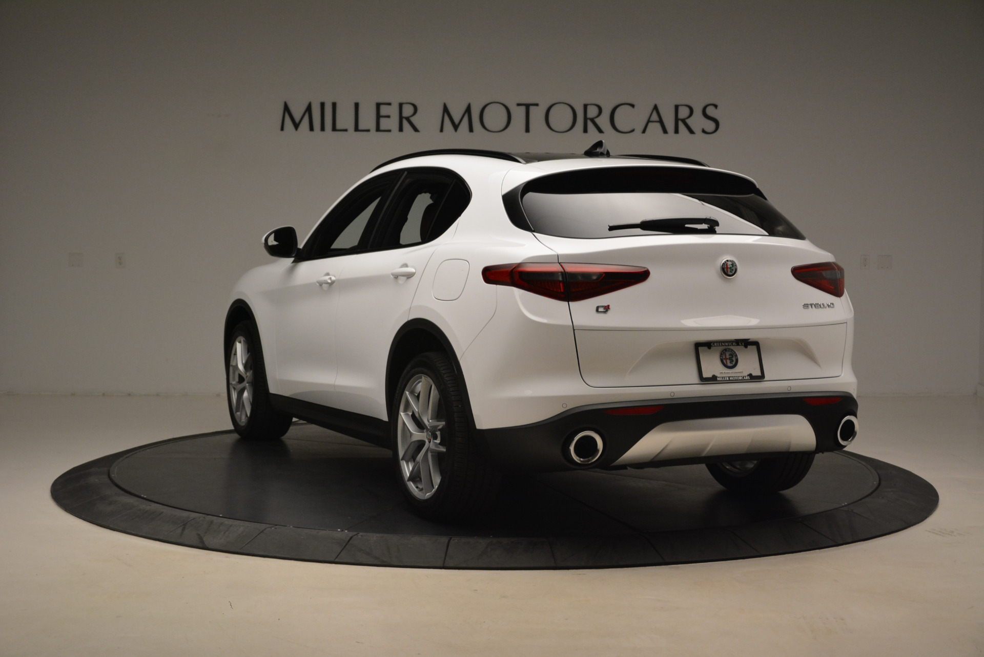 New 2018 Alfa Romeo Stelvio Ti Sport Q4 For Sale In Greenwich, CT 2044_p5