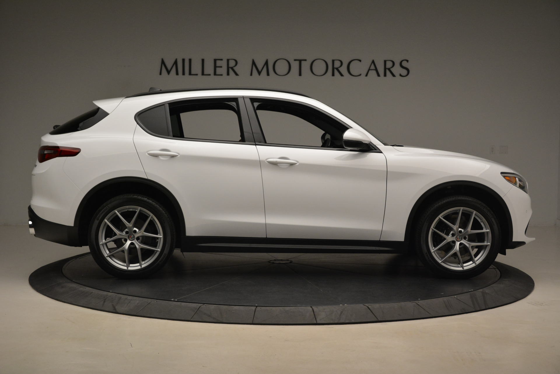New 2018 Alfa Romeo Stelvio Ti Sport Q4 For Sale In Greenwich, CT 2044_p9