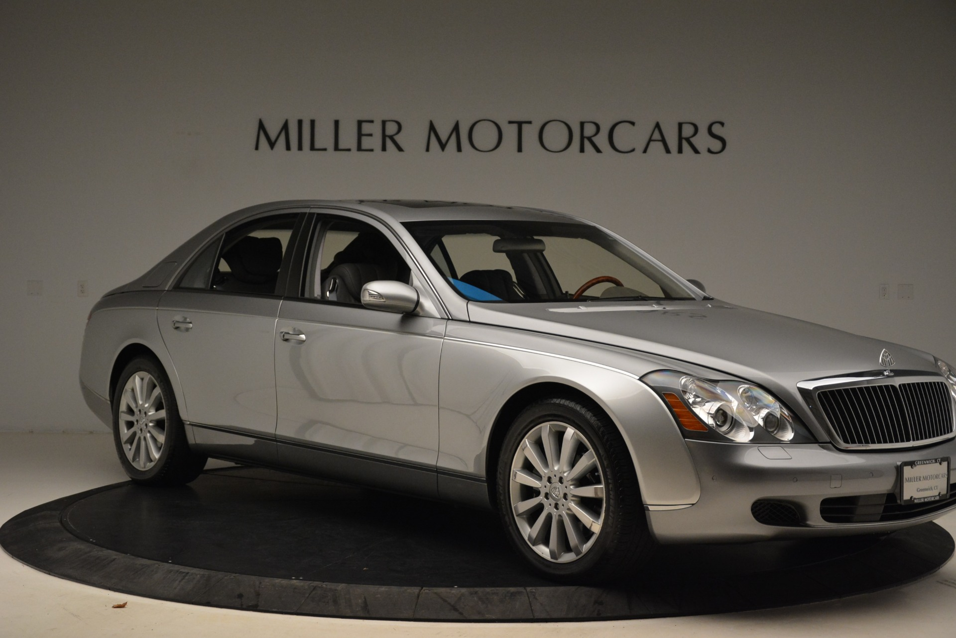 Used 2004 Maybach 57  For Sale In Greenwich, CT 2045_p10