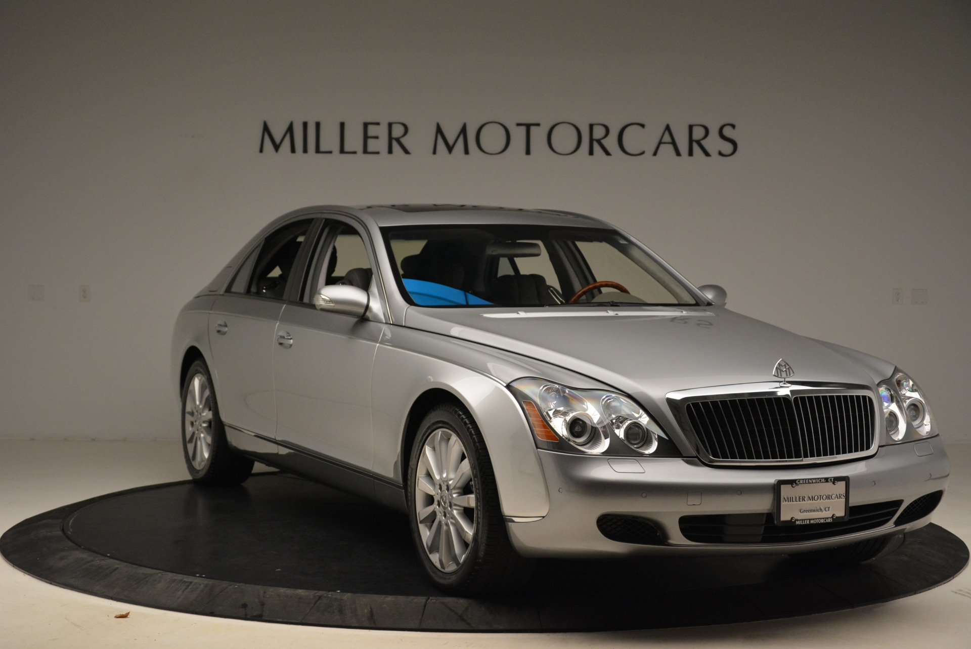 Used 2004 Maybach 57  For Sale In Greenwich, CT 2045_p11