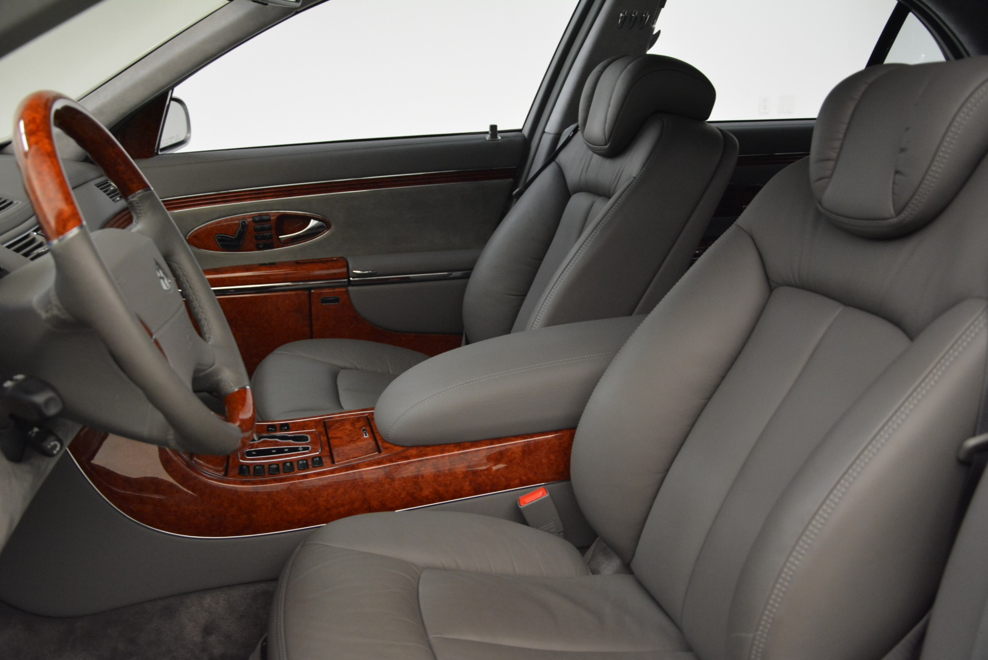 Used 2004 Maybach 57  For Sale In Greenwich, CT 2045_p13