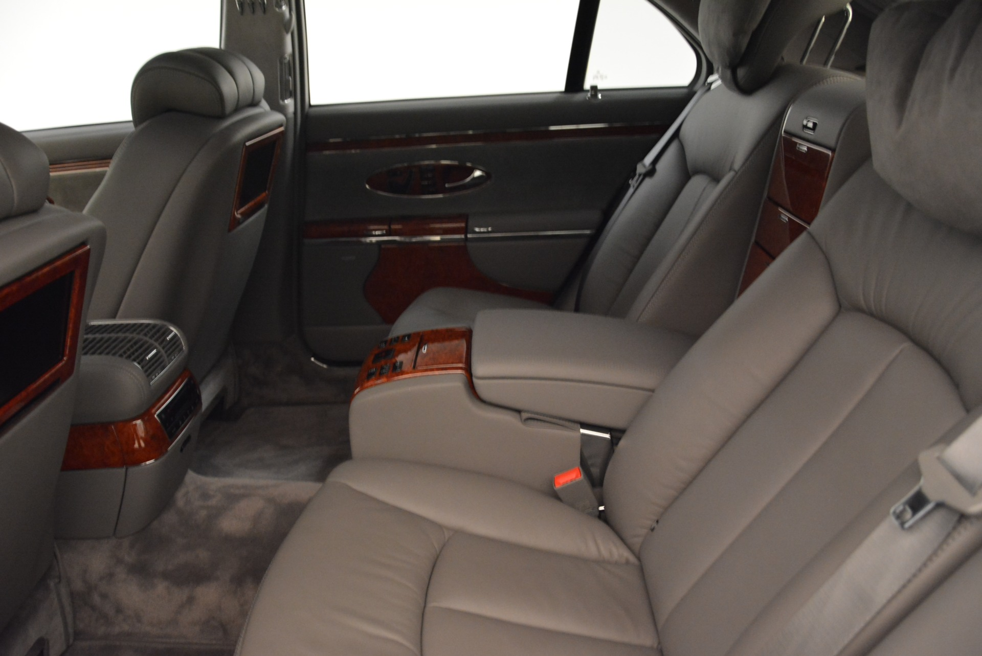 Used 2004 Maybach 57  For Sale In Greenwich, CT 2045_p20