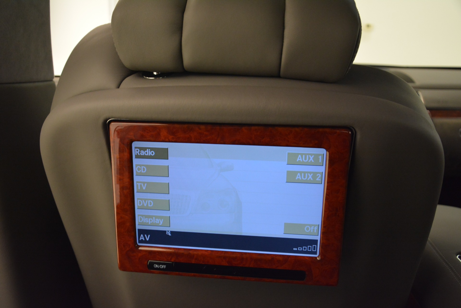 Used 2004 Maybach 57  For Sale In Greenwich, CT 2045_p22