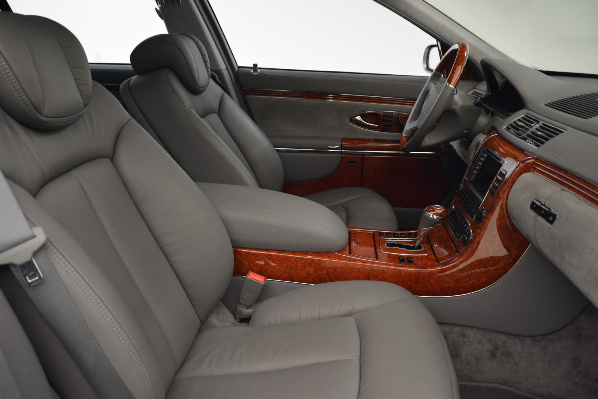 Used 2004 Maybach 57  For Sale In Greenwich, CT 2045_p27