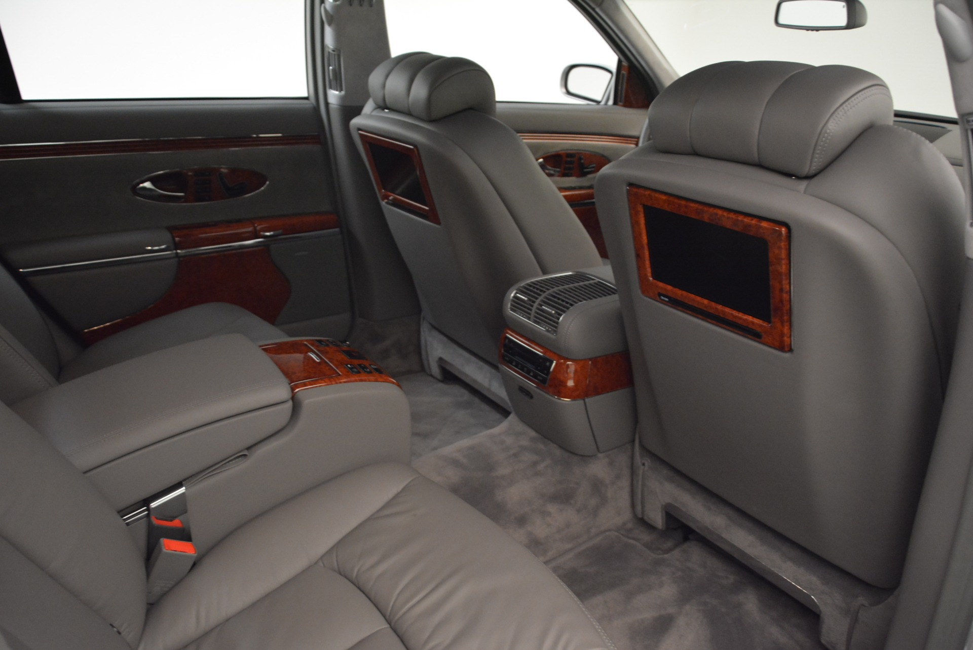Used 2004 Maybach 57  For Sale In Greenwich, CT 2045_p29