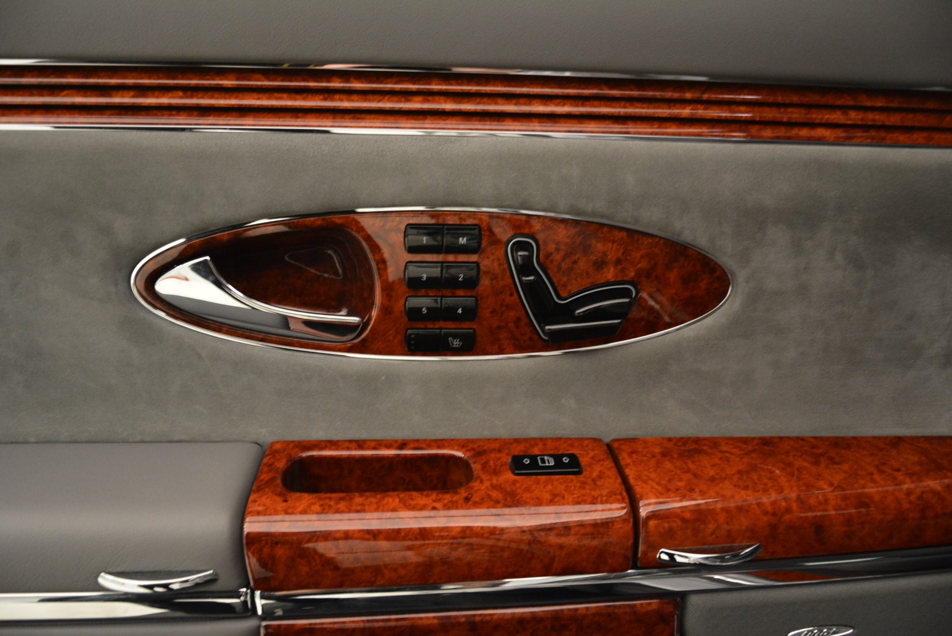 Used 2004 Maybach 57  For Sale In Greenwich, CT 2045_p36
