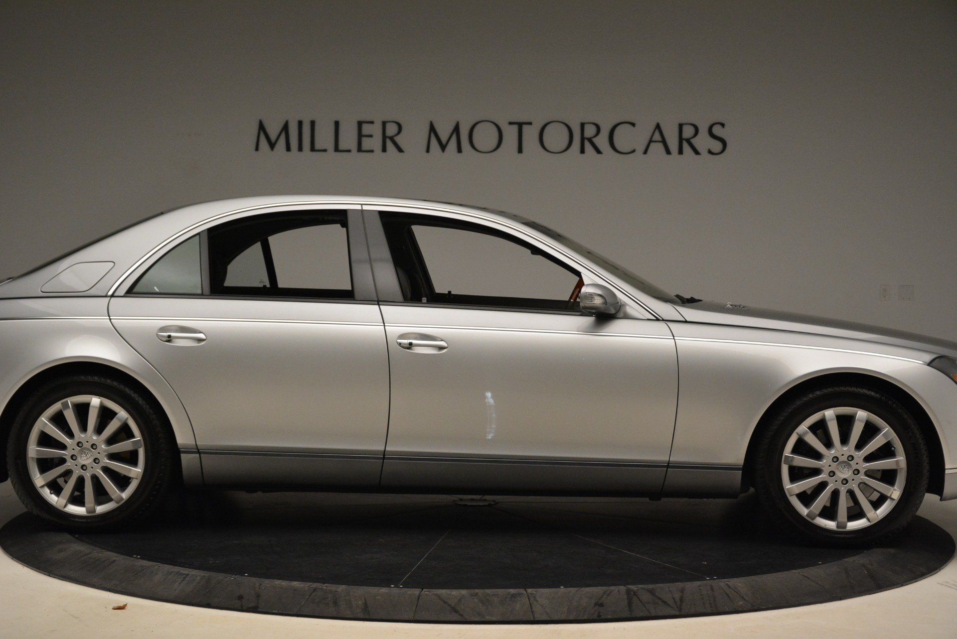 Used 2004 Maybach 57  For Sale In Greenwich, CT 2045_p9