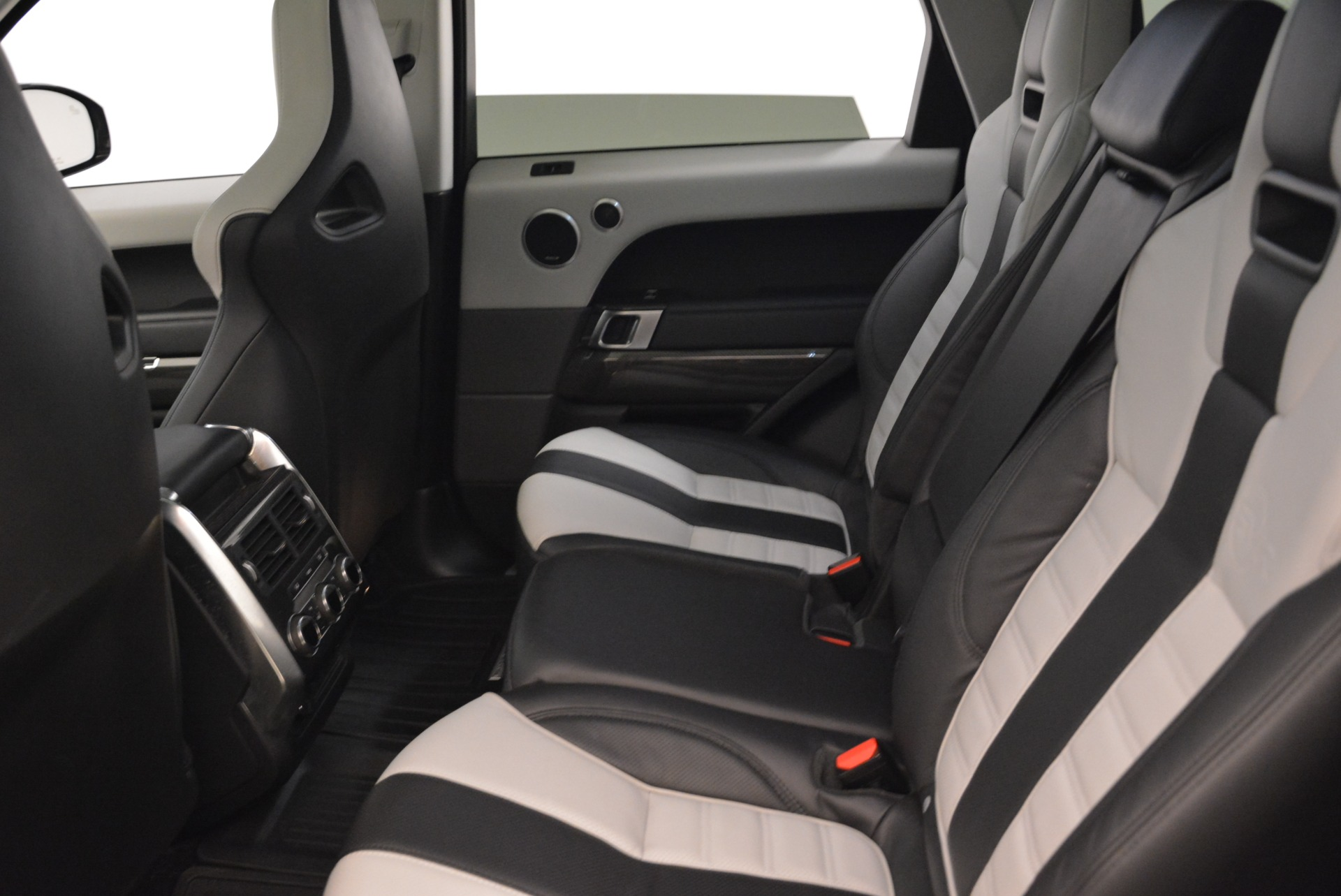 Used 2015 Land Rover Range Rover Sport SVR For Sale In Greenwich, CT 2046_p22