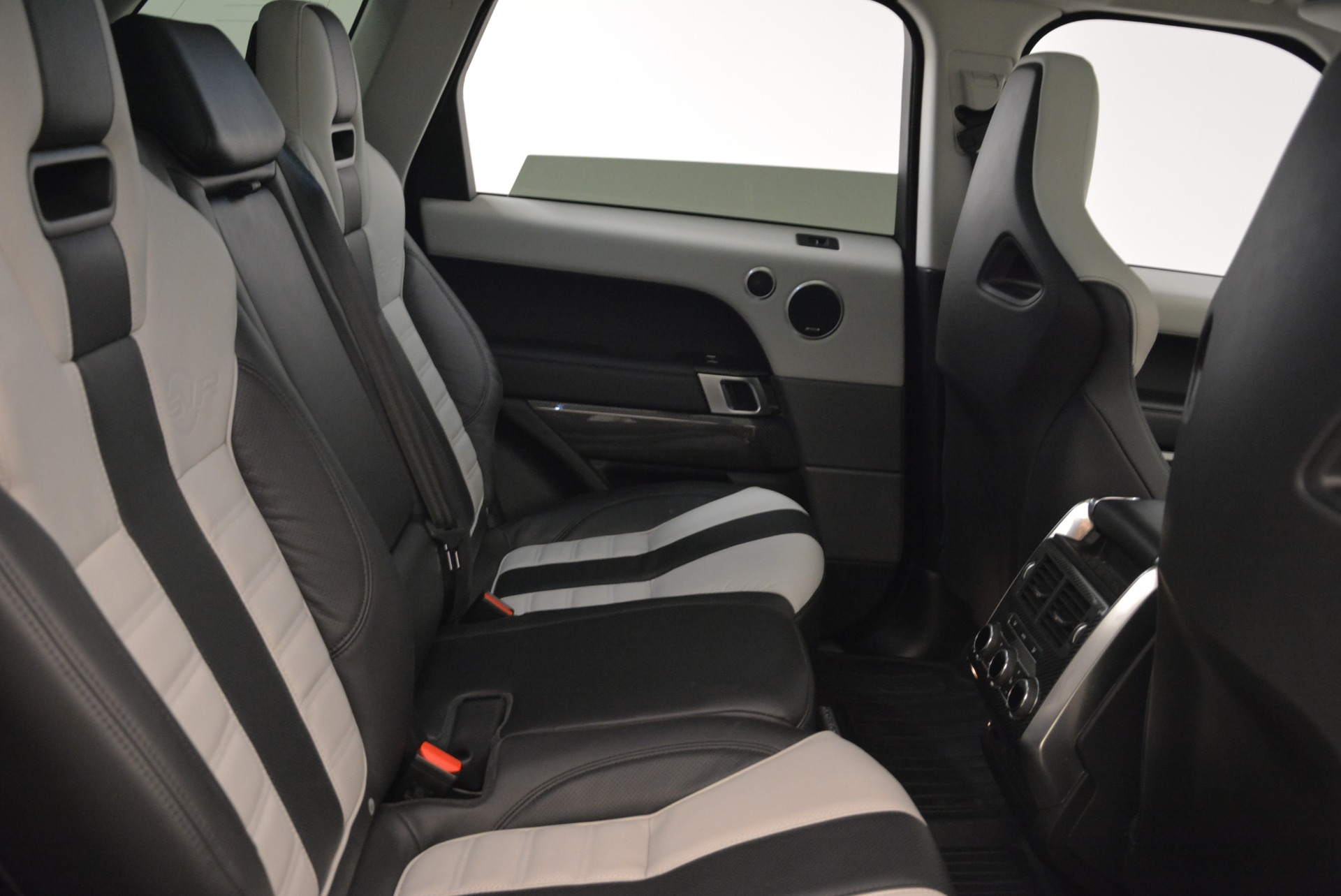 Used 2015 Land Rover Range Rover Sport SVR For Sale In Greenwich, CT 2046_p24