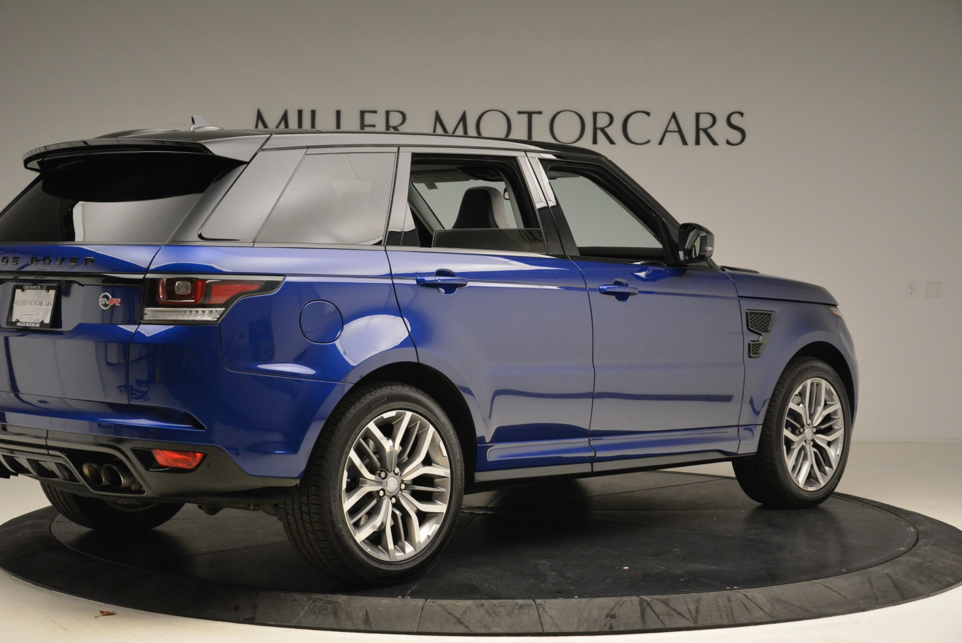 Used 2015 Land Rover Range Rover Sport SVR For Sale In Greenwich, CT 2046_p8