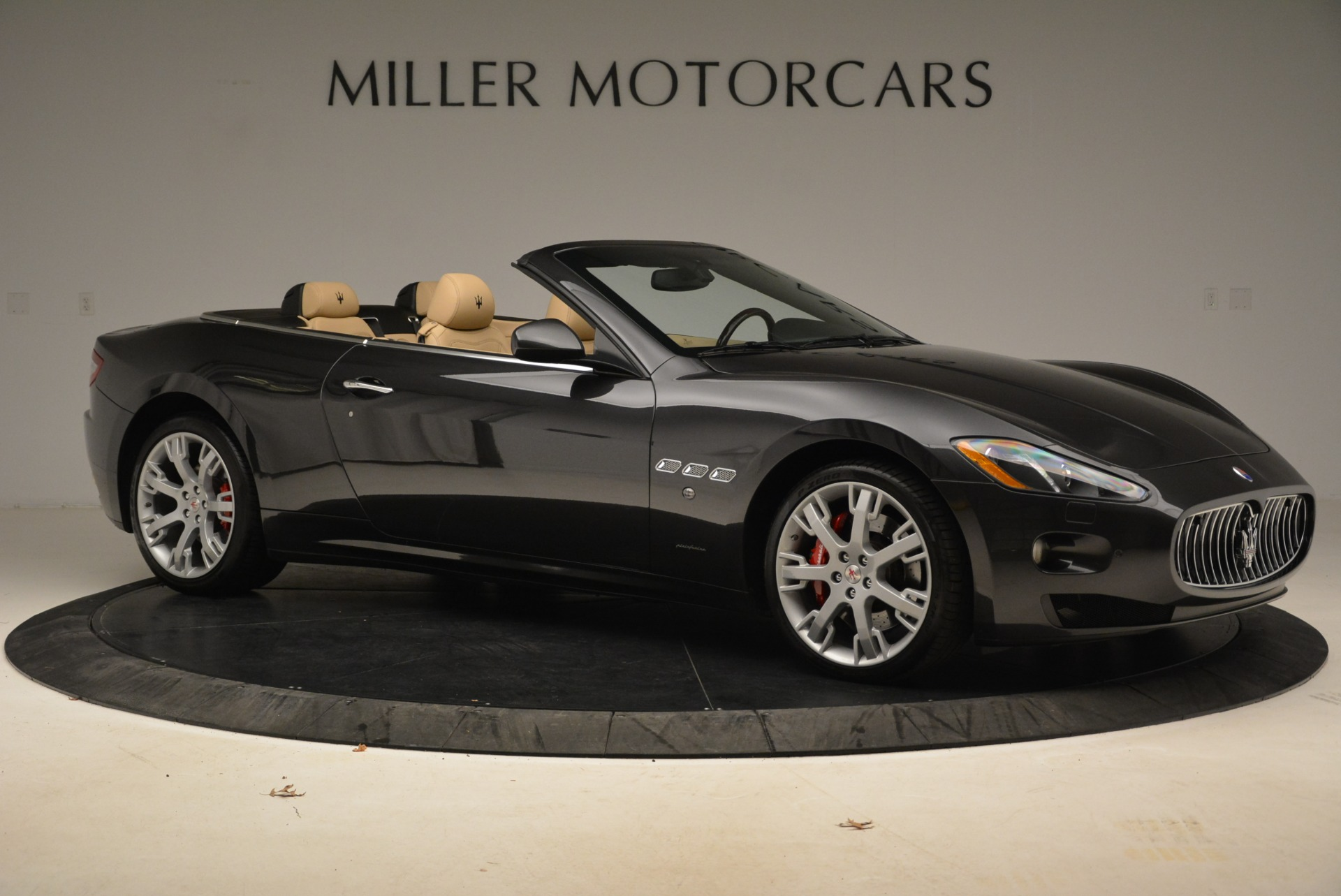 Used 2013 Maserati GranTurismo Convertible  For Sale In Greenwich, CT 2050_p10