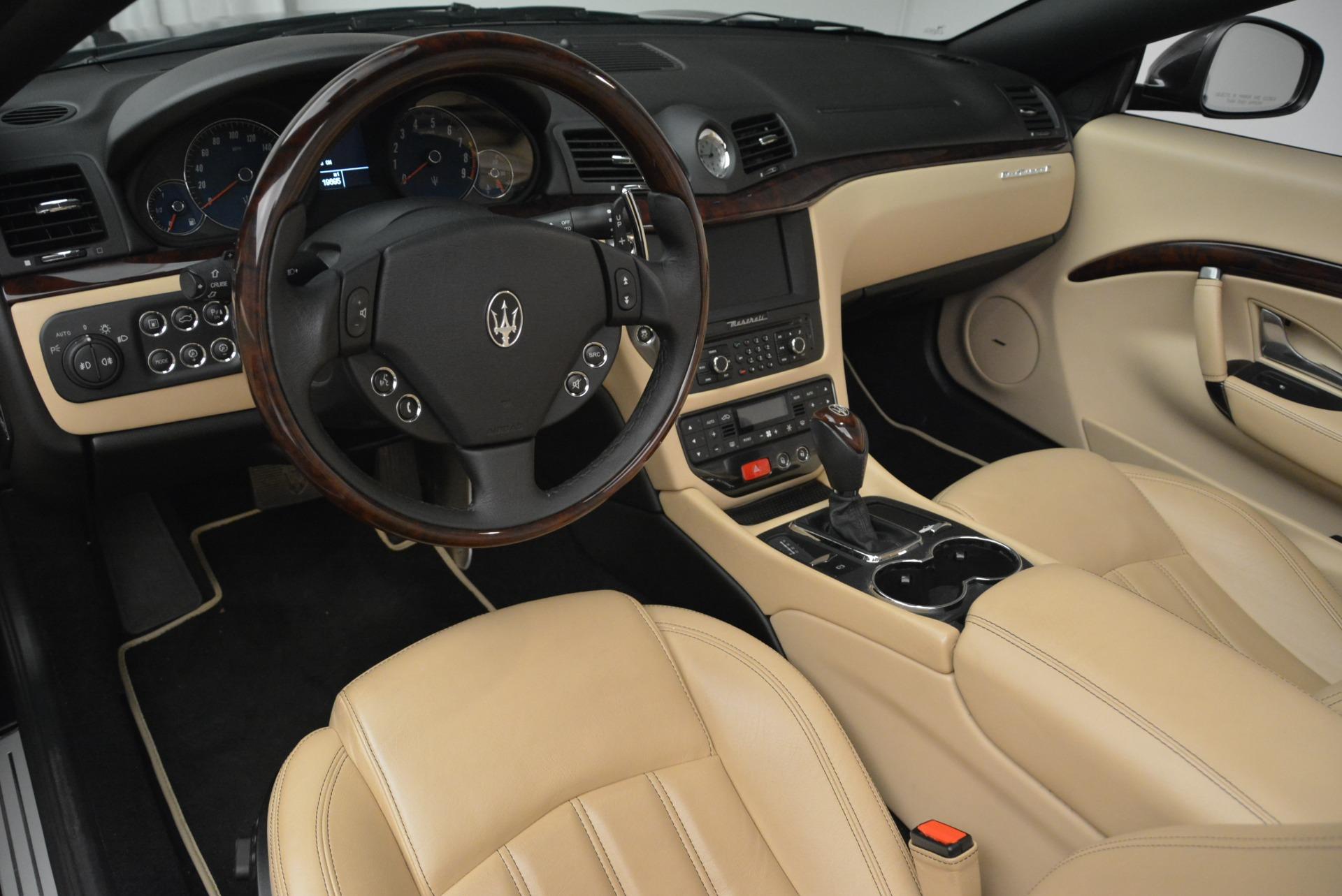 Used 2013 Maserati GranTurismo Convertible  For Sale In Greenwich, CT 2050_p25