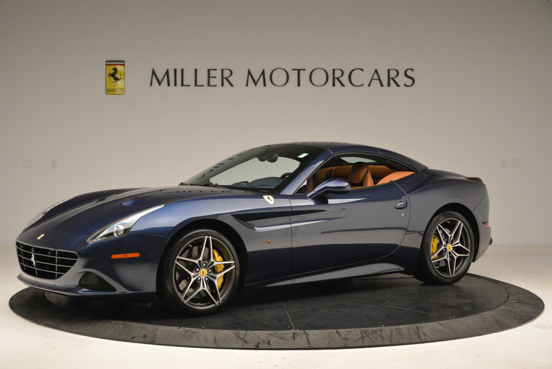 Used 2017 Ferrari California T Handling Speciale For Sale In Greenwich, CT 2052_p14