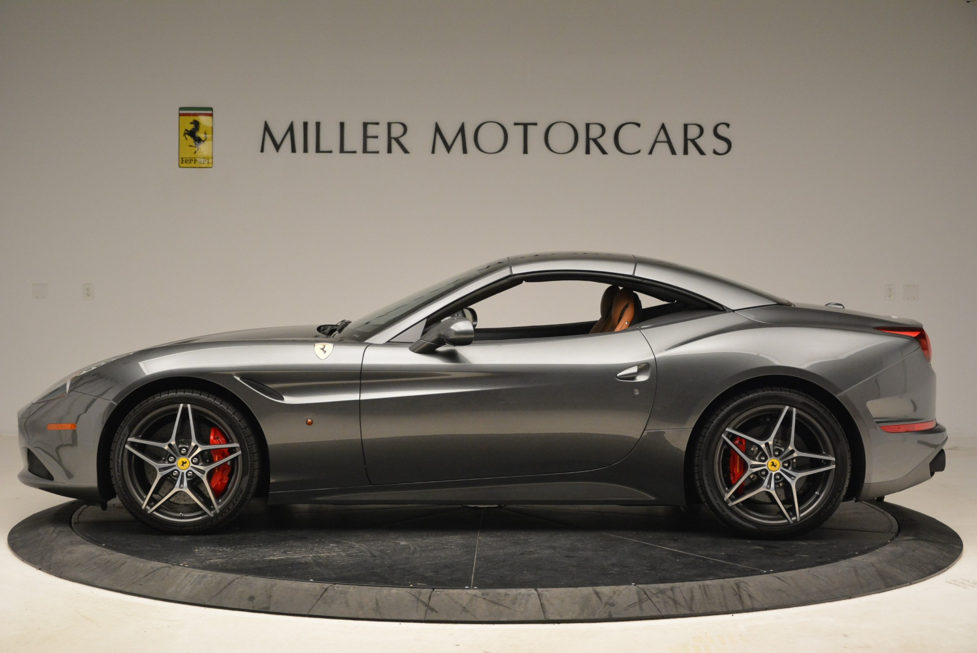 Used 2017 Ferrari California T Handling Speciale For Sale In Greenwich, CT 2054_p15