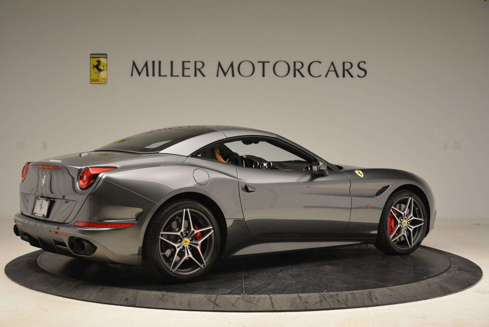 Used 2017 Ferrari California T Handling Speciale For Sale In Greenwich, CT 2054_p20