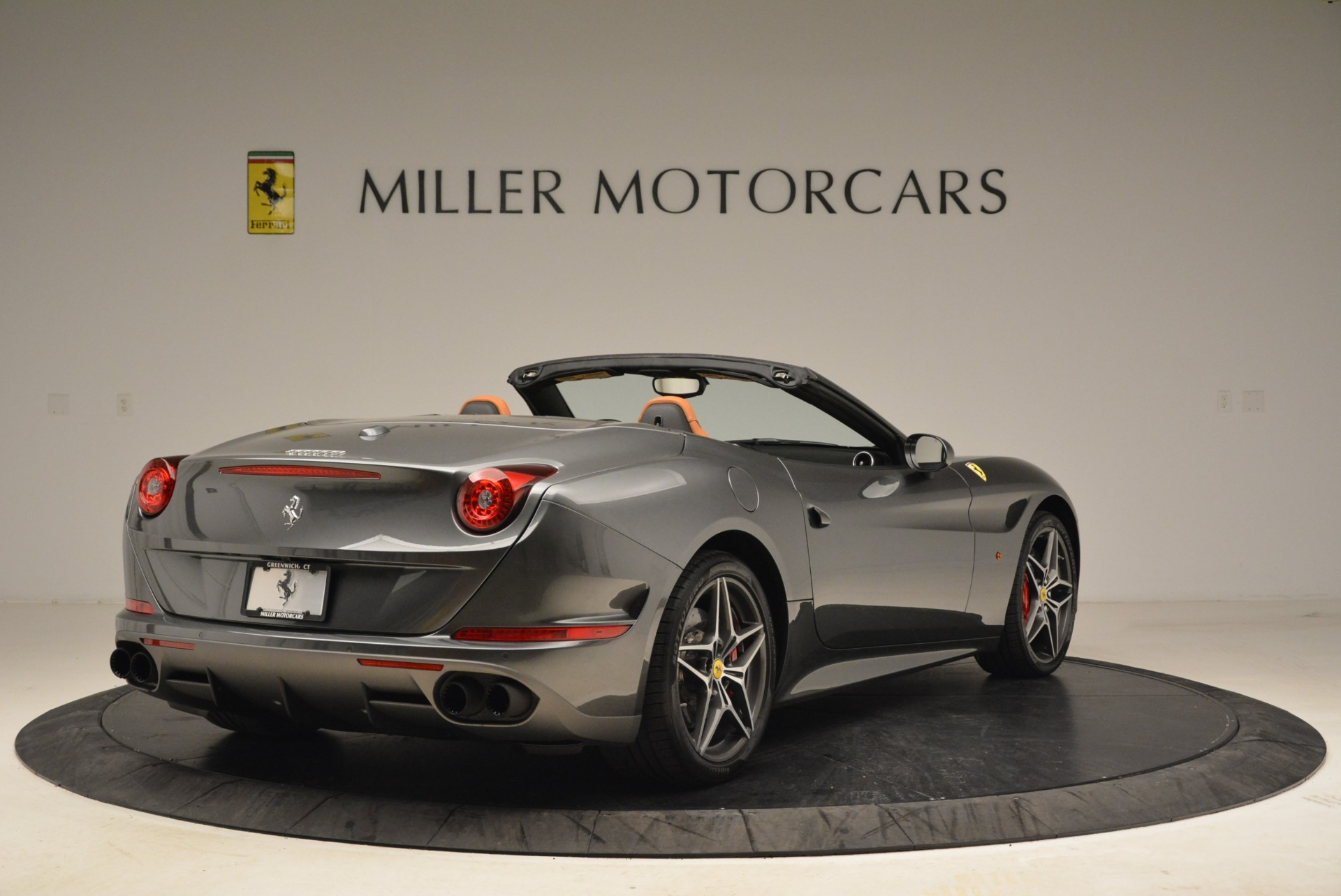 Used 2017 Ferrari California T Handling Speciale For Sale In Greenwich, CT 2054_p7