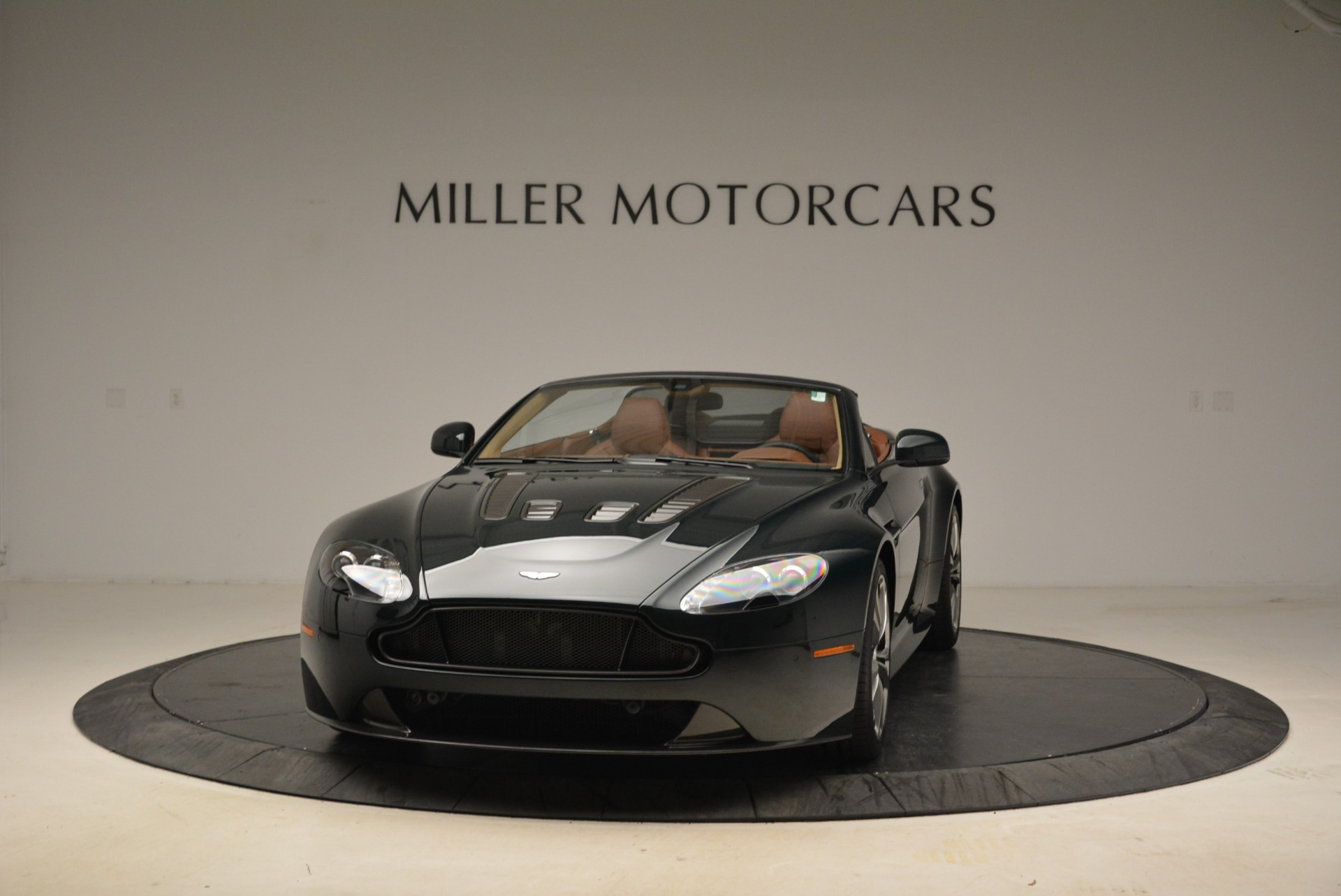 Used 2017 Aston Martin V12 Vantage S Roadster For Sale In Greenwich, CT 2055_main