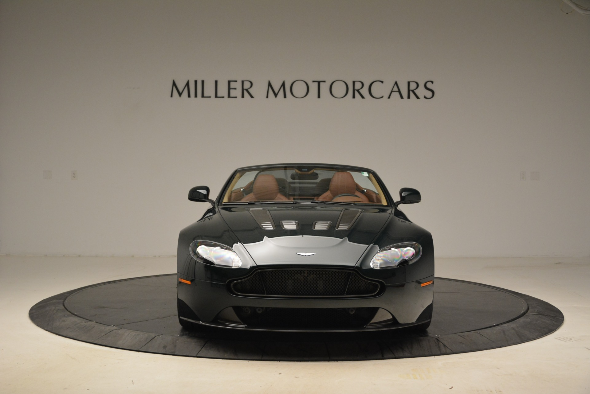 Used 2017 Aston Martin V12 Vantage S Roadster For Sale In Greenwich, CT 2055_p12