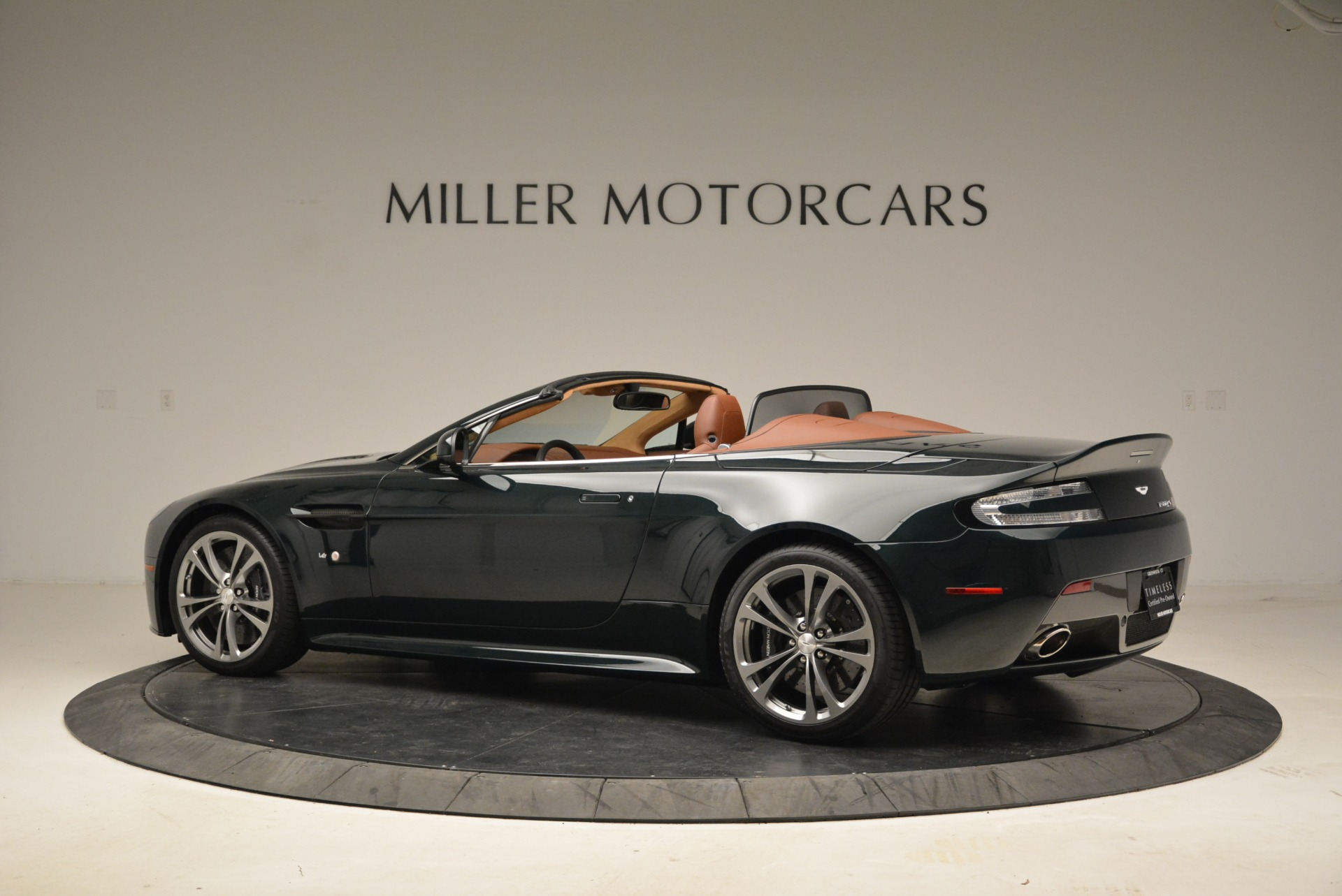 Used 2017 Aston Martin V12 Vantage S Roadster For Sale In Greenwich, CT 2055_p4