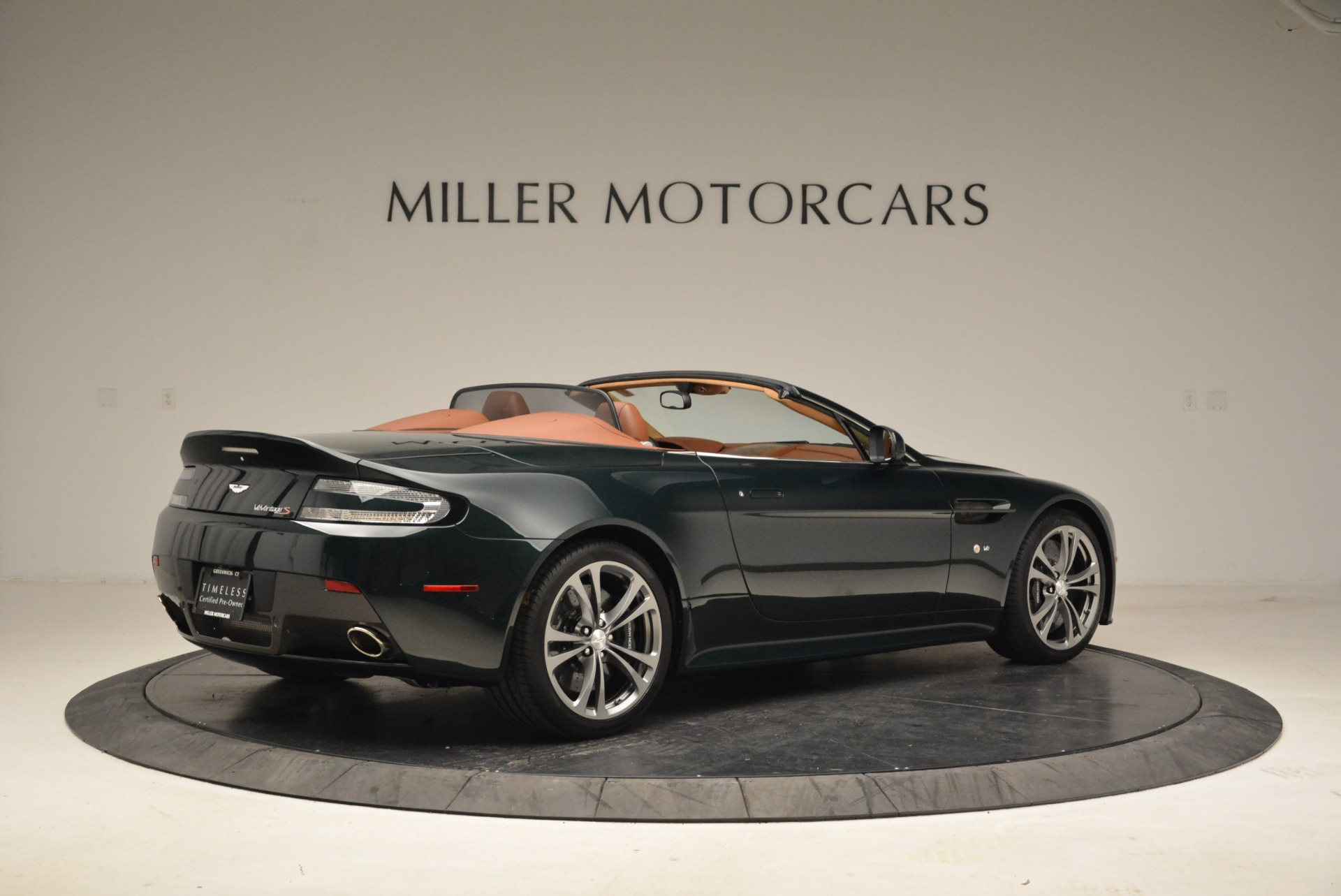 Used 2017 Aston Martin V12 Vantage S Roadster For Sale In Greenwich, CT 2055_p8