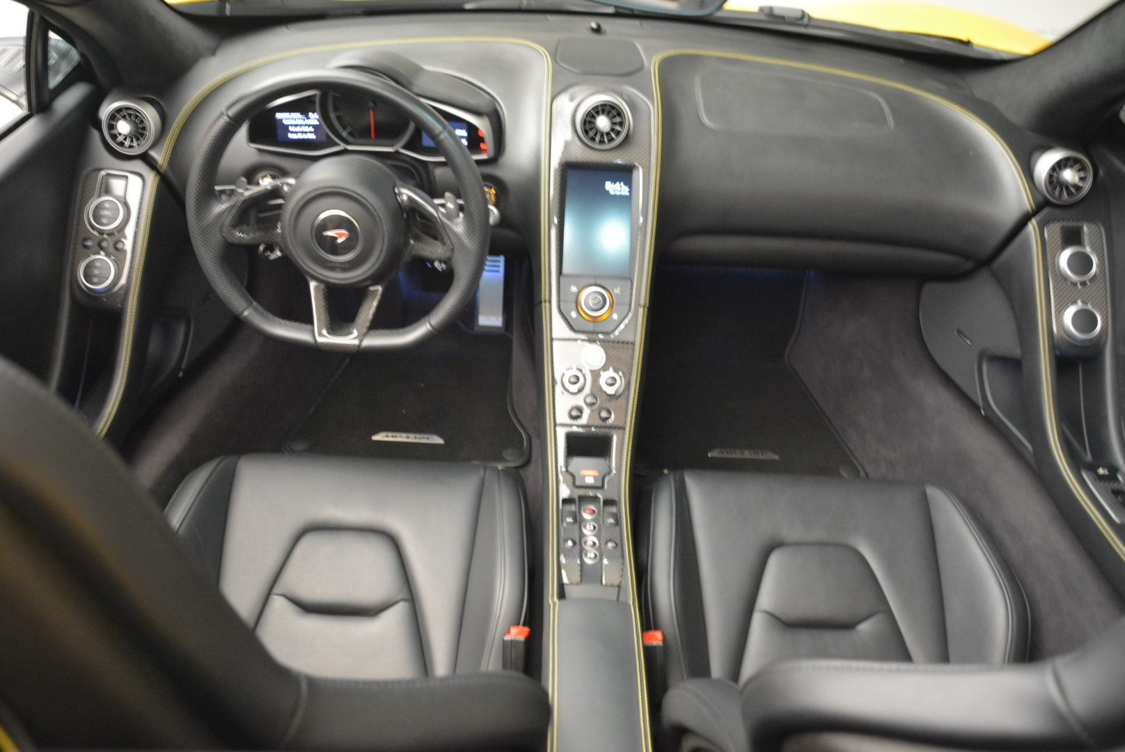Used 2014 McLaren MP4-12C Spider For Sale In Greenwich, CT 2057_p28