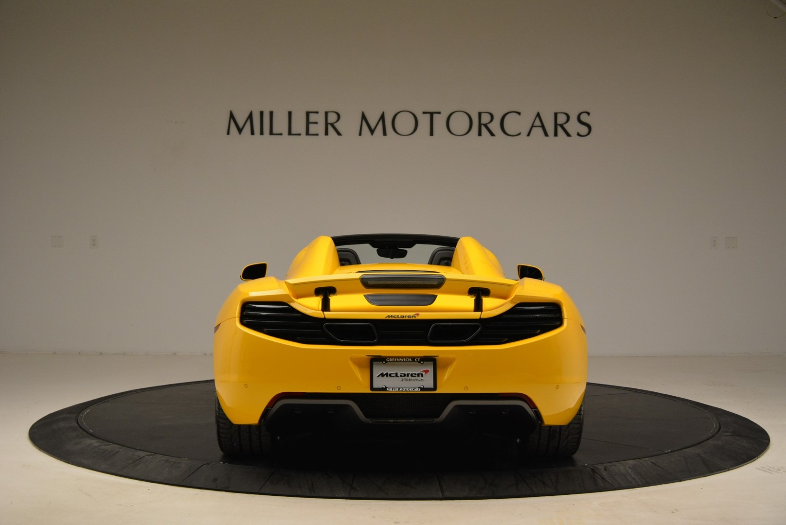 Used 2014 McLaren MP4-12C Spider For Sale In Greenwich, CT 2057_p6