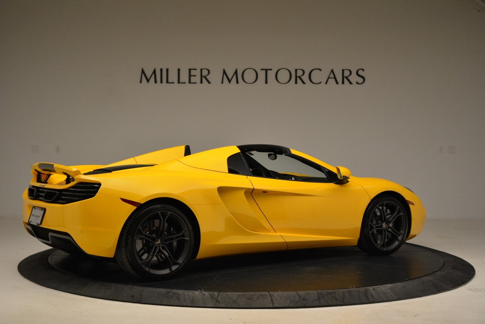 Used 2014 McLaren MP4-12C Spider For Sale In Greenwich, CT 2057_p8
