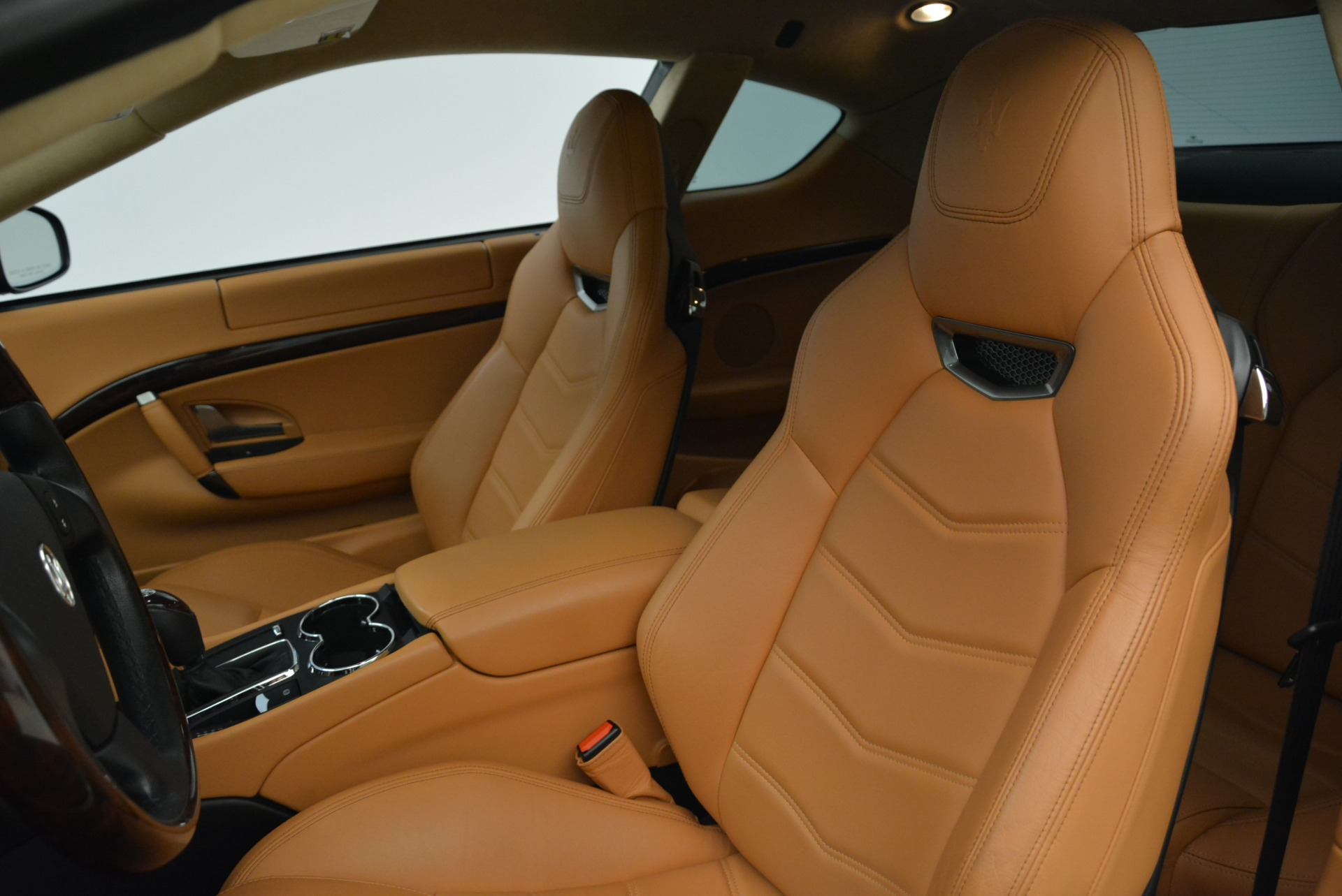 Used 2014 Maserati GranTurismo Sport For Sale In Greenwich, CT 2067_p15