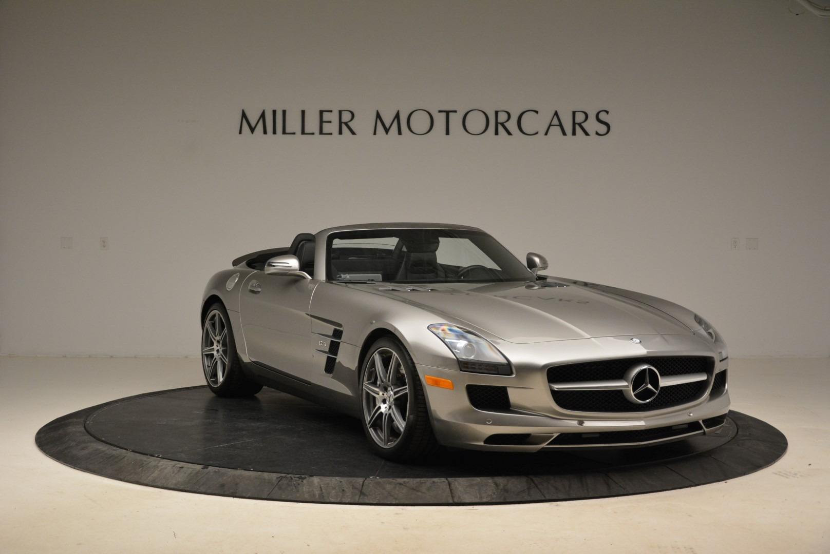 Used 2012 Mercedes-Benz SLS AMG  For Sale In Greenwich, CT 2068_p11