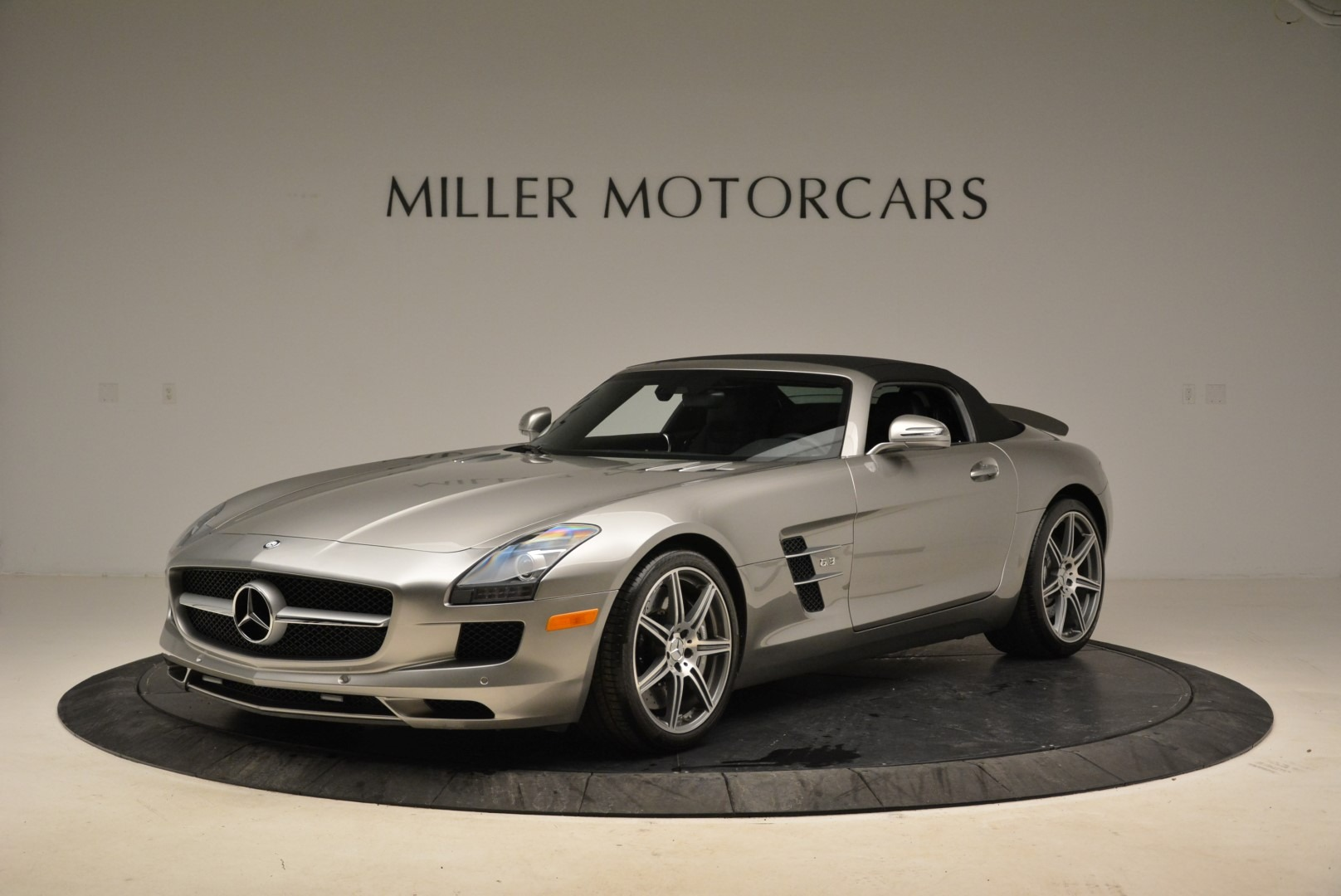Used 2012 Mercedes-Benz SLS AMG  For Sale In Greenwich, CT 2068_p13