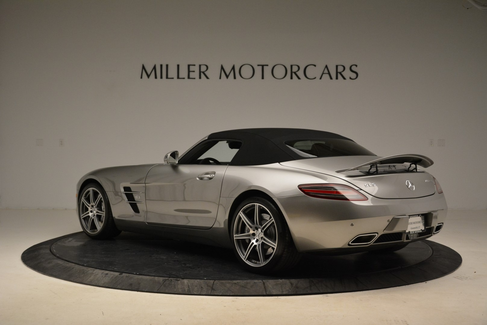 Used 2012 Mercedes-Benz SLS AMG  For Sale In Greenwich, CT 2068_p15
