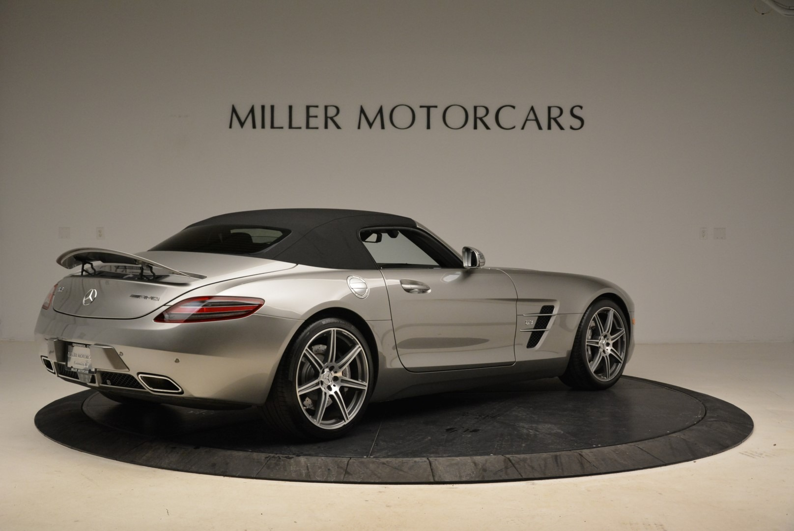 Used 2012 Mercedes-Benz SLS AMG  For Sale In Greenwich, CT 2068_p17