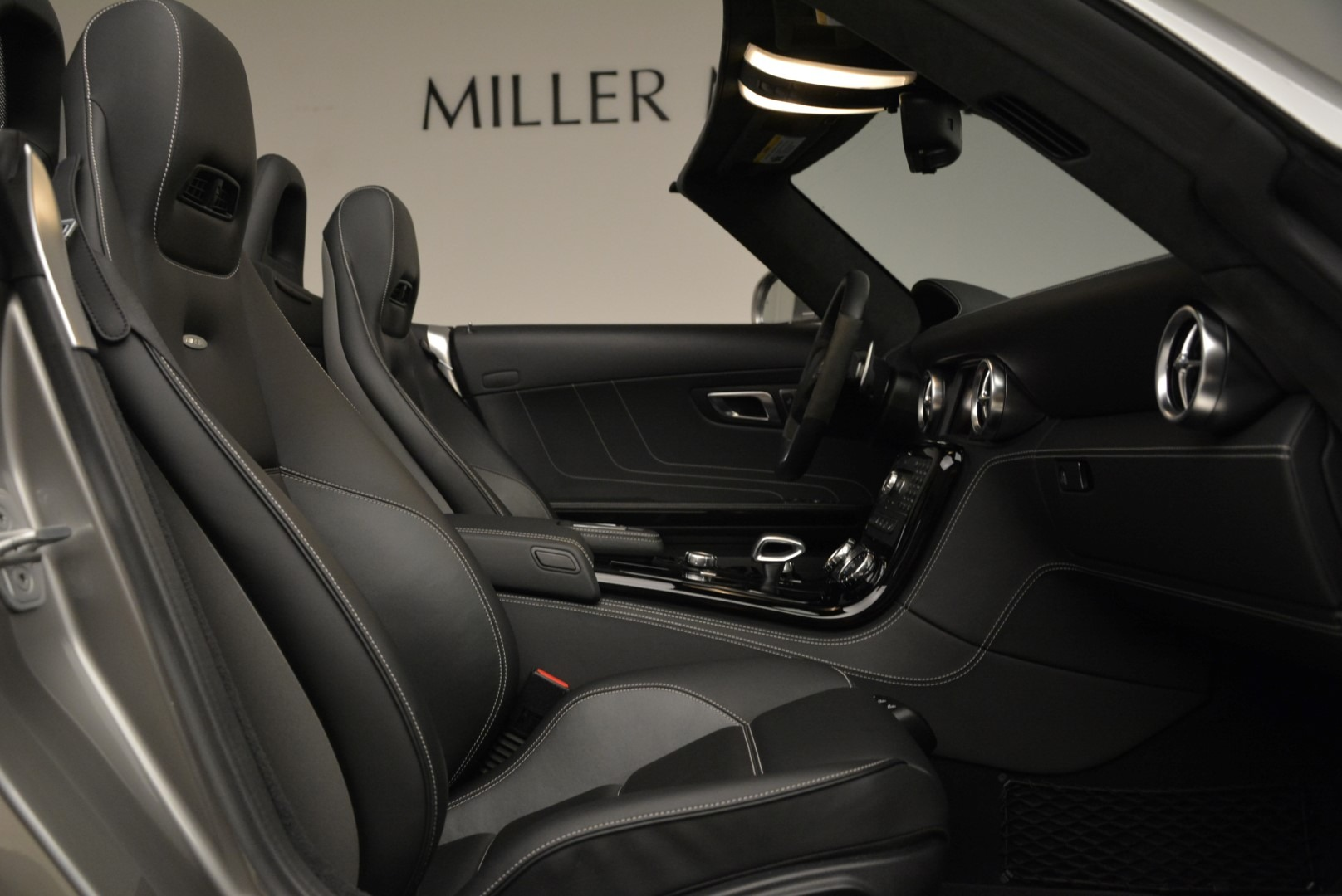 Used 2012 Mercedes-Benz SLS AMG  For Sale In Greenwich, CT 2068_p27
