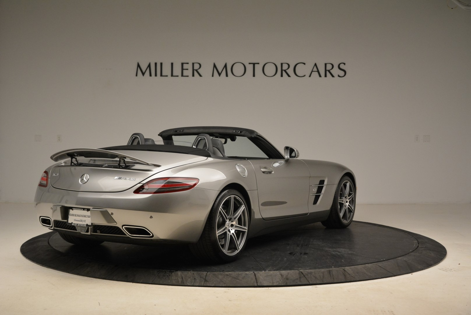 Used 2012 Mercedes-Benz SLS AMG  For Sale In Greenwich, CT 2068_p7