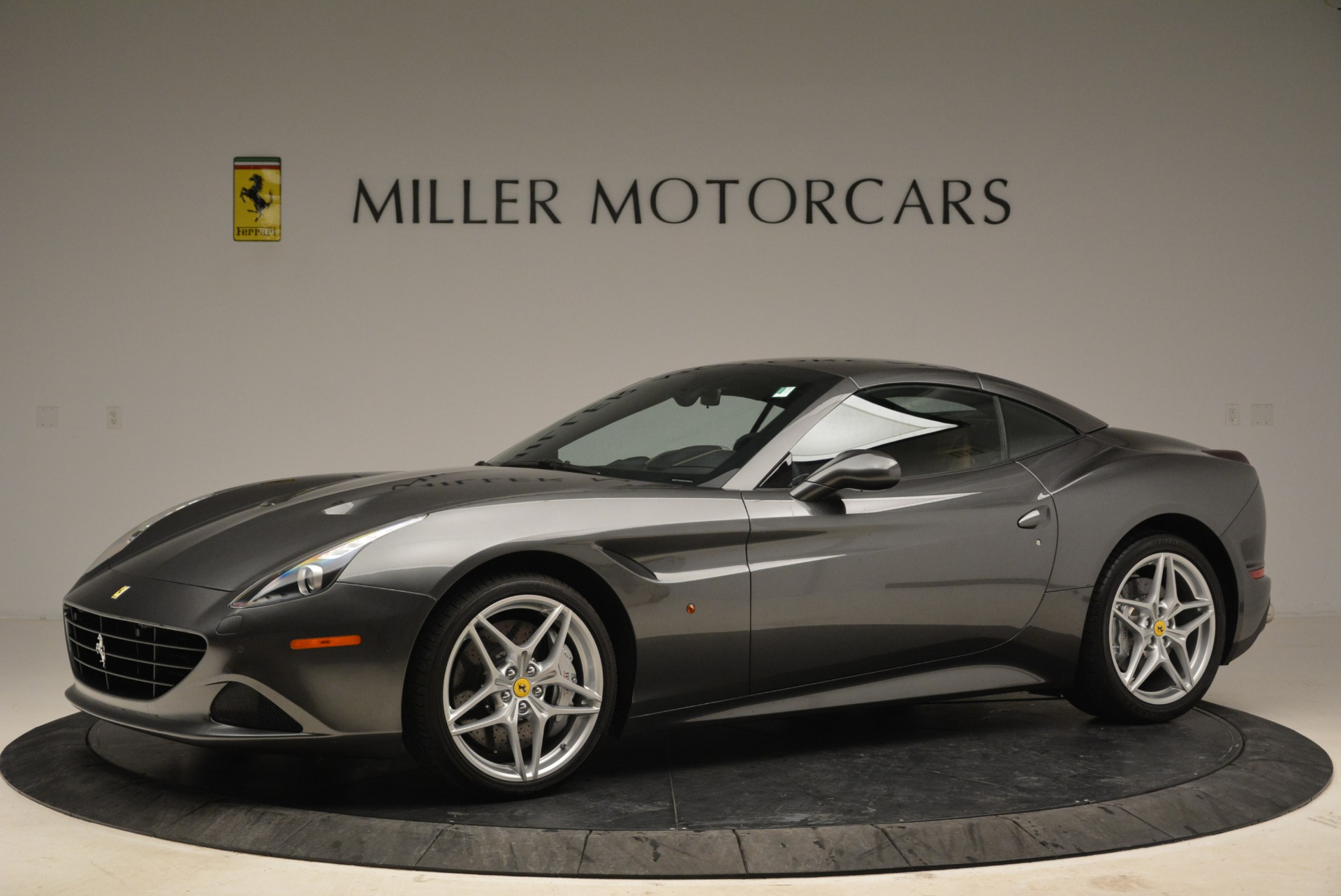 Used 2016 Ferrari California T  For Sale In Greenwich, CT 2069_p14