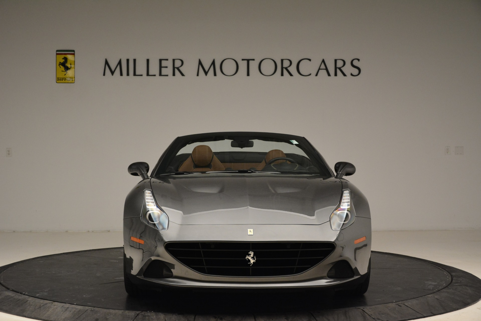 Used 2016 Ferrari California T  For Sale In Greenwich, CT 2069_p24