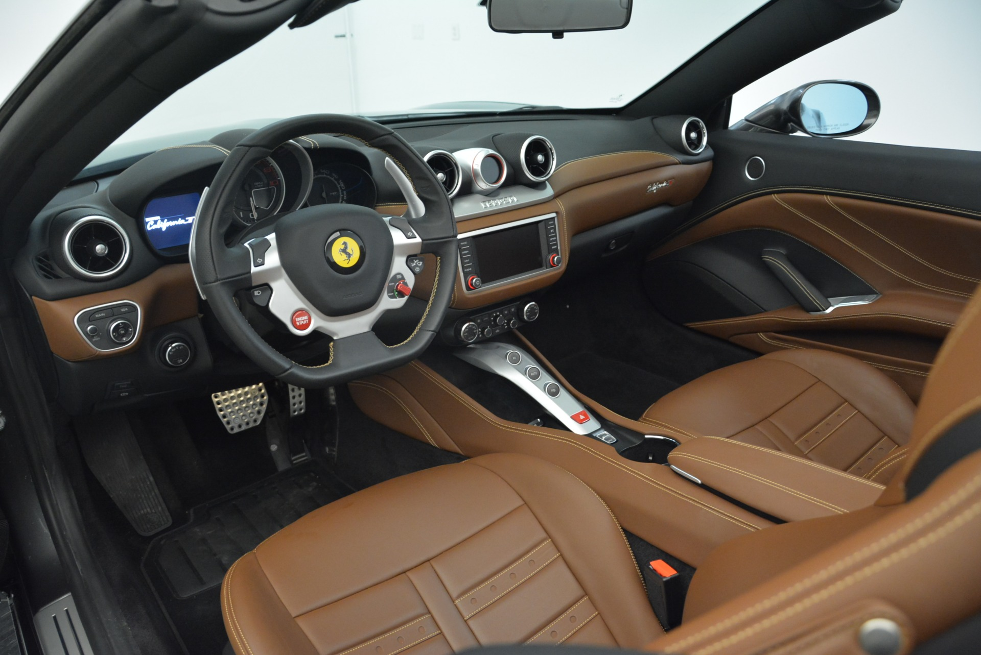 Used 2016 Ferrari California T  For Sale In Greenwich, CT 2069_p25