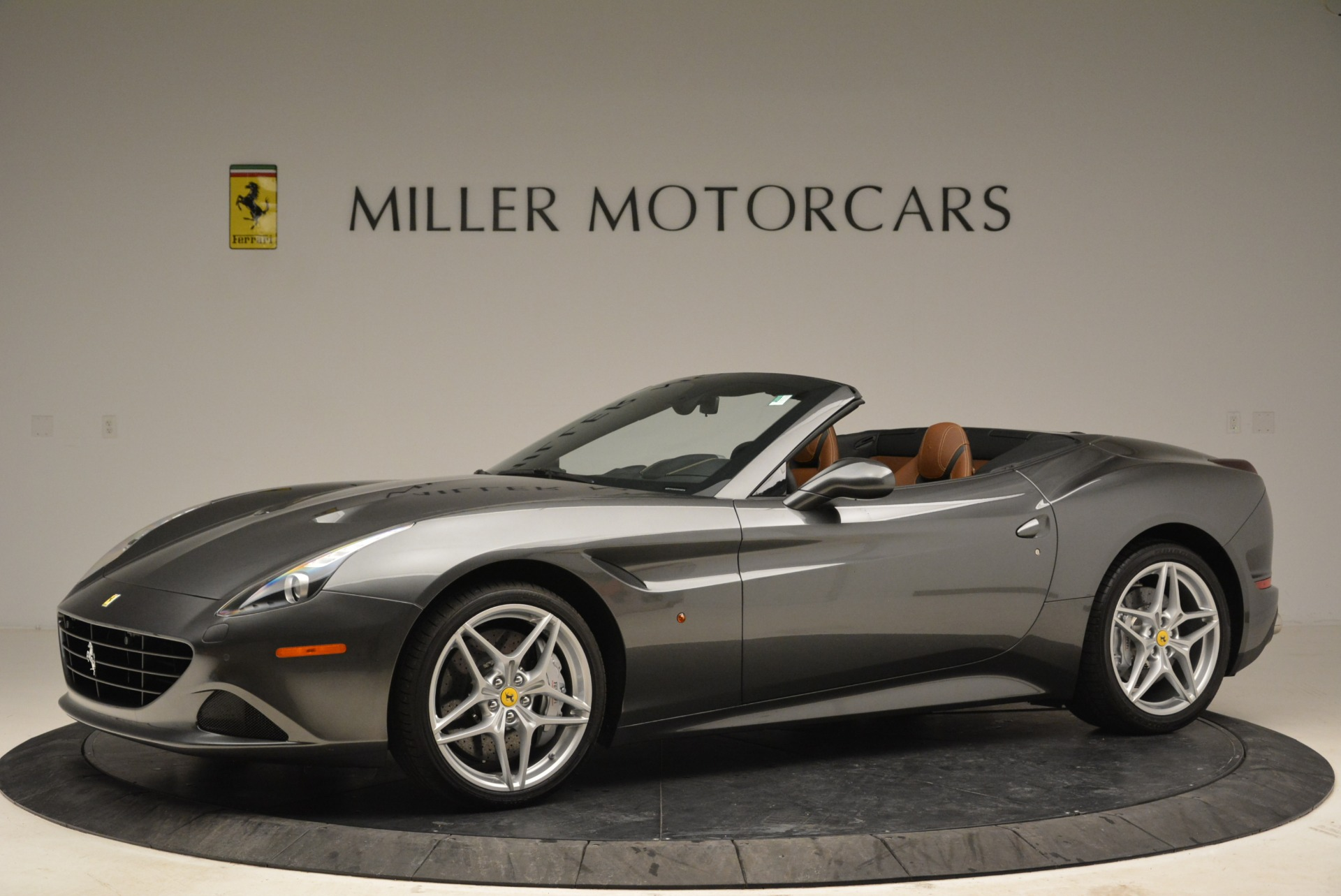 Used 2016 Ferrari California T  For Sale In Greenwich, CT 2069_p2