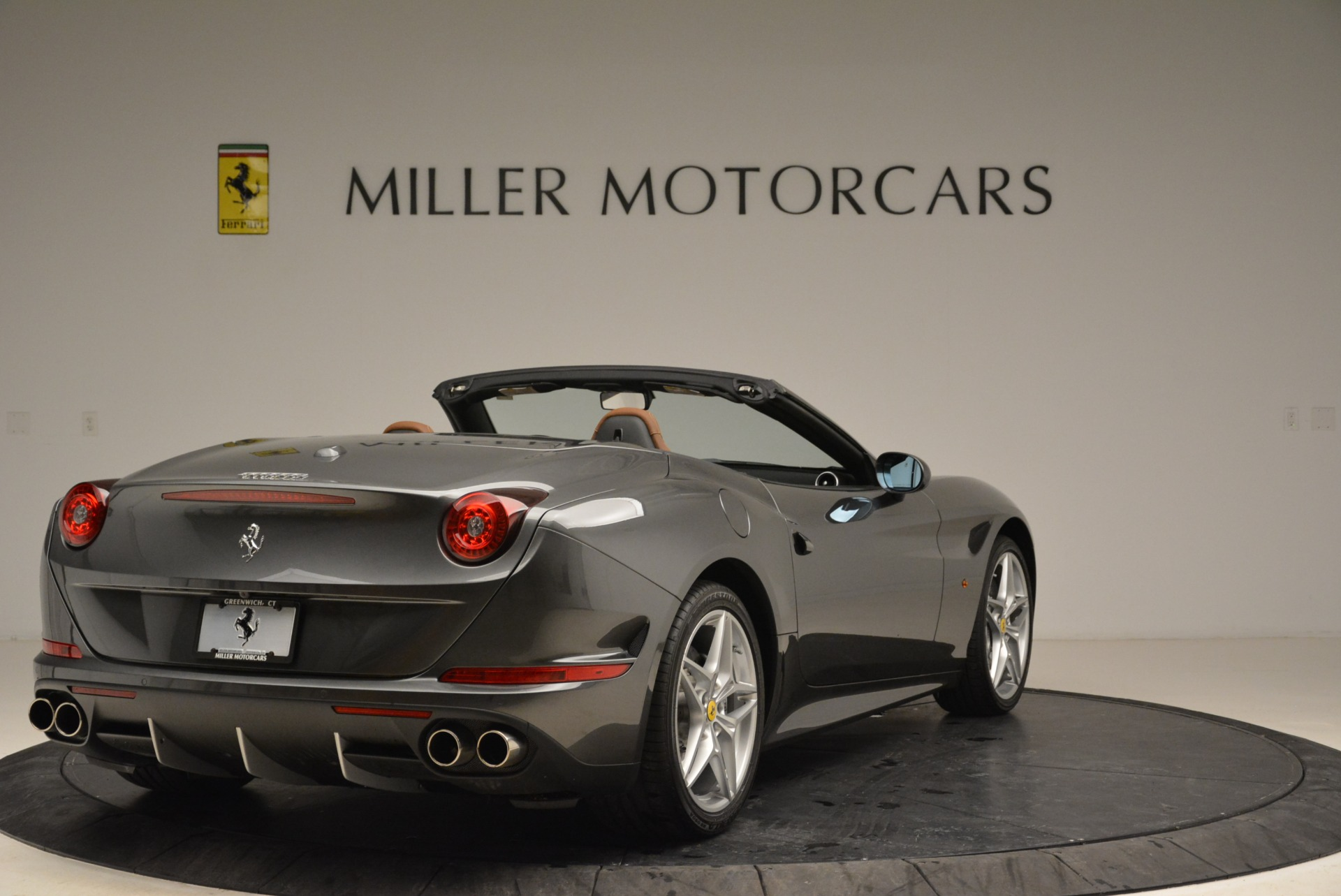 Used 2016 Ferrari California T  For Sale In Greenwich, CT 2069_p7