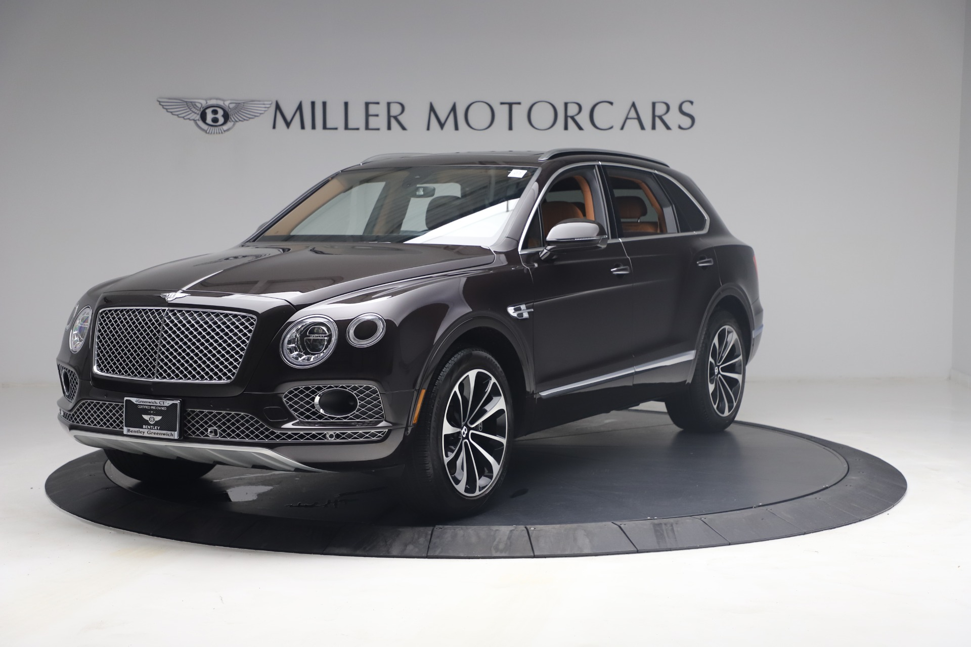 New 2018 Bentley Bentayga Signature For Sale In Greenwich, CT 2071_p2