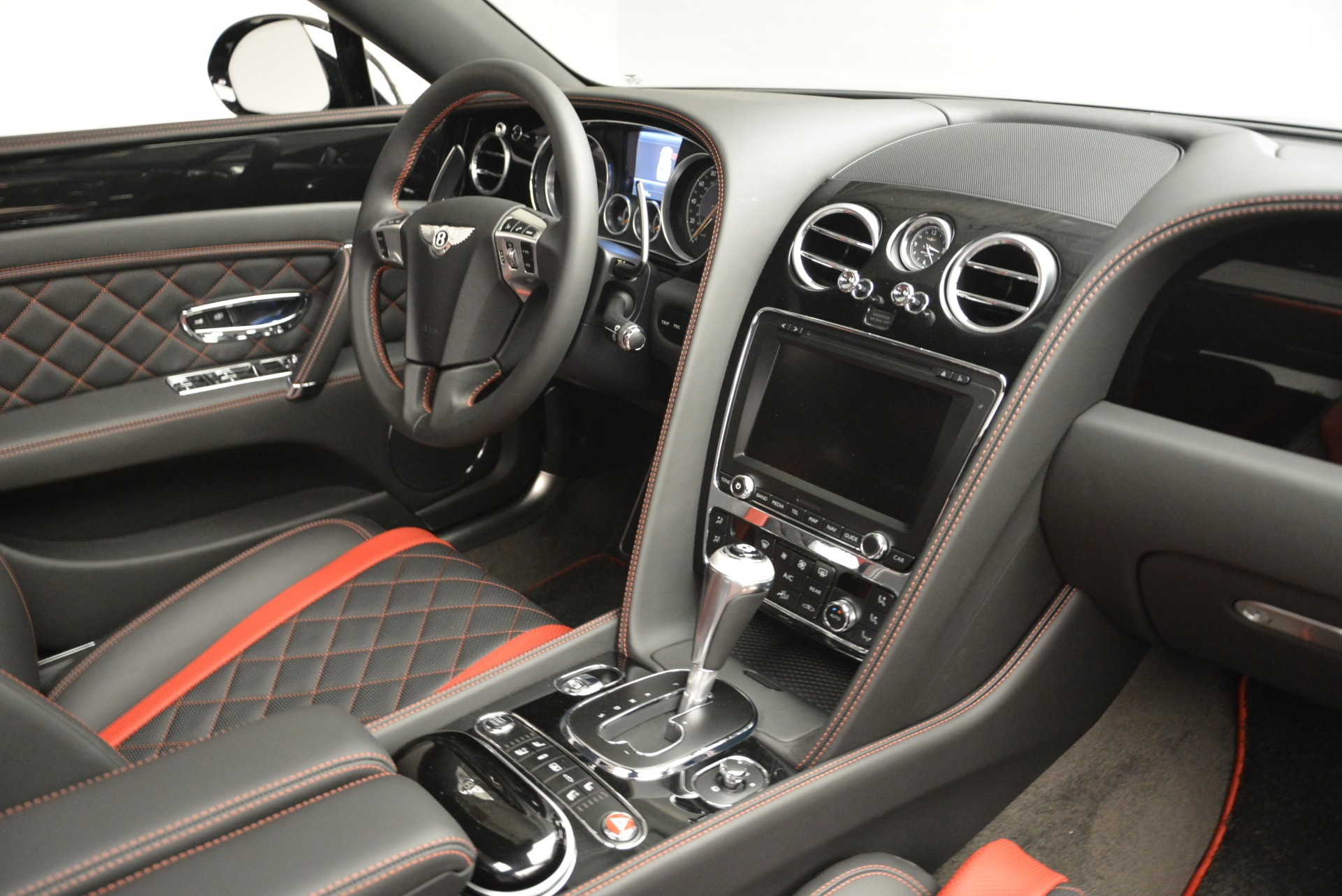 New 2018 Bentley Flying Spur V8 S Black Edition For Sale In Greenwich, CT 2073_p23