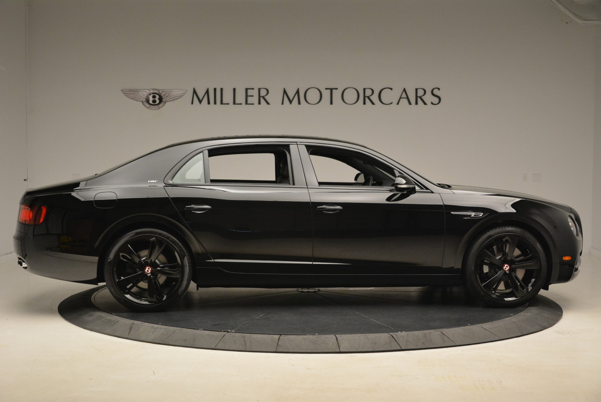 New 2018 Bentley Flying Spur V8 S Black Edition For Sale In Greenwich, CT 2073_p9