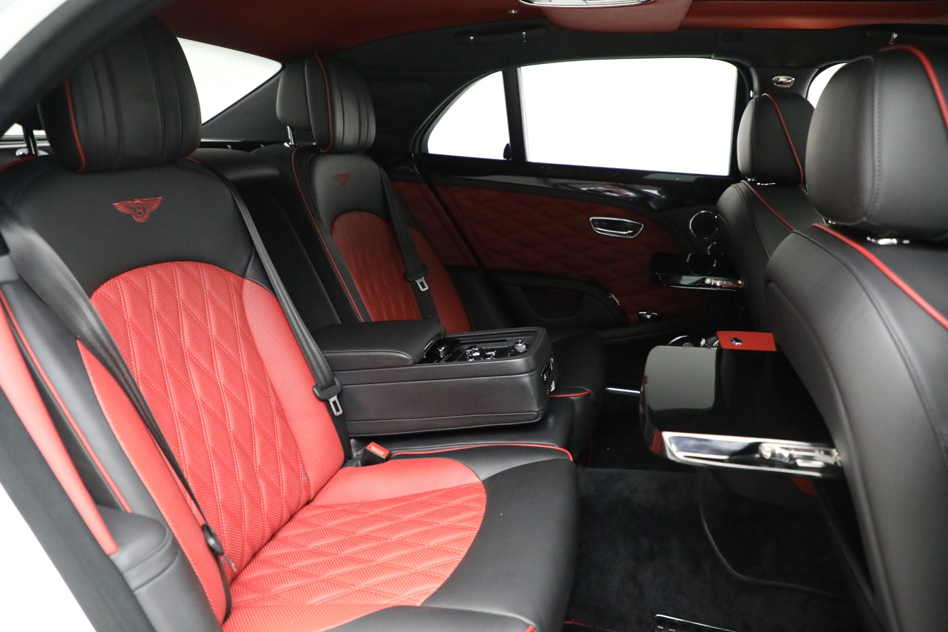 Used 2018 Bentley Mulsanne Speed For Sale In Greenwich, CT 2075_p26
